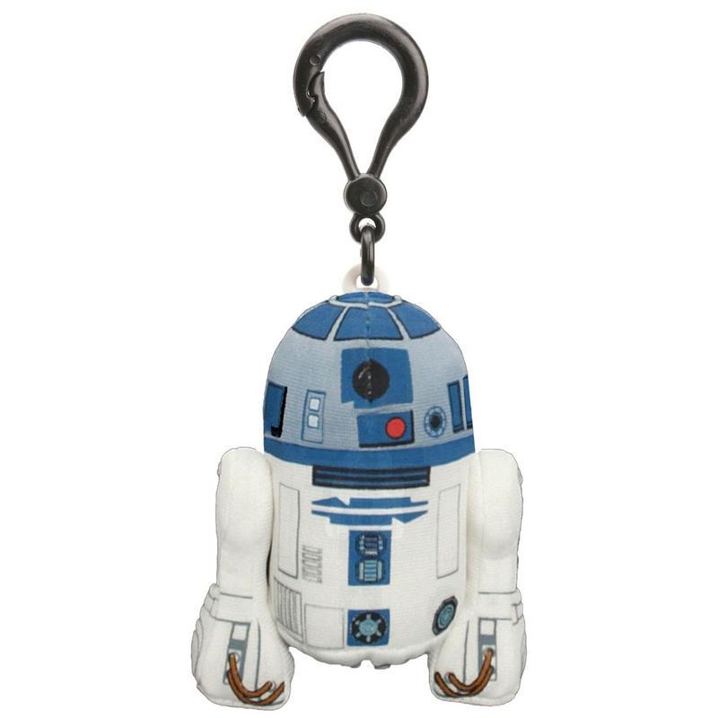 Star Wars Брелок Р2-Д200243JБрелок Star Wars Р2-Д2 приведет в восторг любого поклонника Звездных войн. Брелок выполнен из текстильного материала в виде любимого персонажа - астромеханического дроида в вымышленной вселенной Звёздных войн. Пластиковый карабин позволит закрепить брелок на рюкзаке или сумке или повесить над рабочим столом. Сожмите игрушку - она издаст характерный для персонажа свистяще-щебечущий звук, хорошо знакомый преданным поклонникам фильма. Прекрасное качество исполнения делают этот брелок чудесным подарком истинному поклоннику Звездных войн. Порадуйте своего ребенка! Игрушка работает от 3-х незаменяемых батареек напряжением 1,5V типа AG10/LR1130.