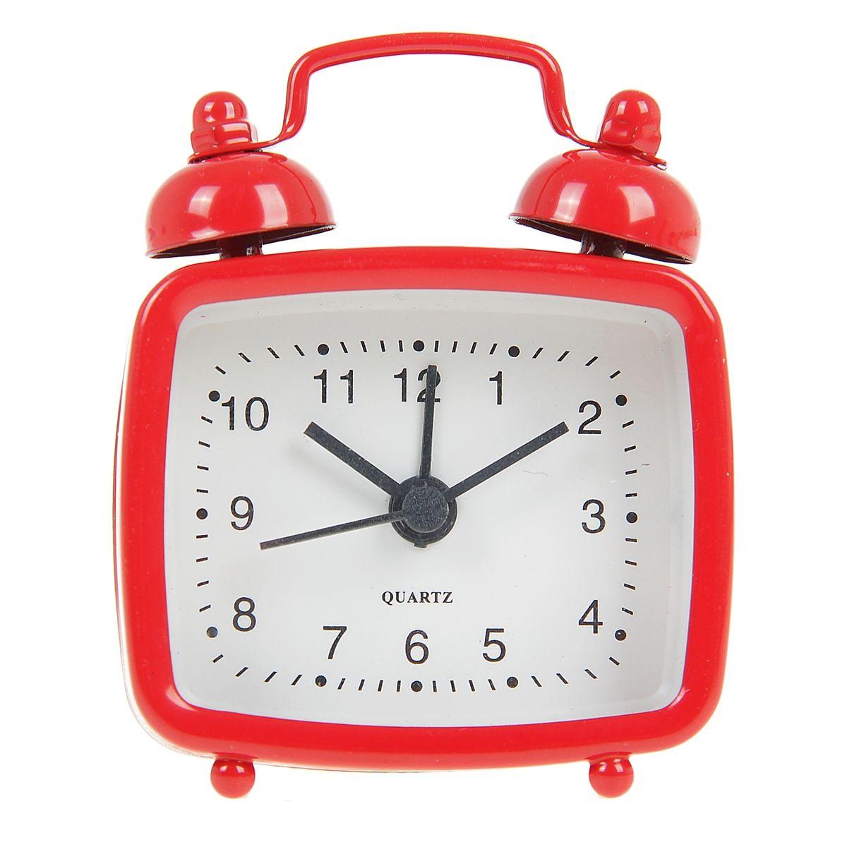 Часы-будильник Sima-land, цвет: красный. 840943840943Как же сложно иногда вставать вовремя! Всегда так хочется поспать еще хотя бы 5 минут и бывает, что мы просыпаем. Теперь этого не случится! Яркий, оригинальный будильник Sima-land поможет вам всегда вставать в нужное время и успевать везде и всюду. Будильник украсит вашу комнату и приведет в восхищение друзей. Эта уменьшенная версия привычного будильника умещается на ладони и работает так же громко, как и привычные аналоги. Время показывает точно и будит в установленный час. На задней панели будильника расположены переключатель включения/выключения механизма, а также два колесика для настройки текущего времени и времени звонка будильника. Будильник работает от 1 батарейки типа LR44 (входит в комплект).