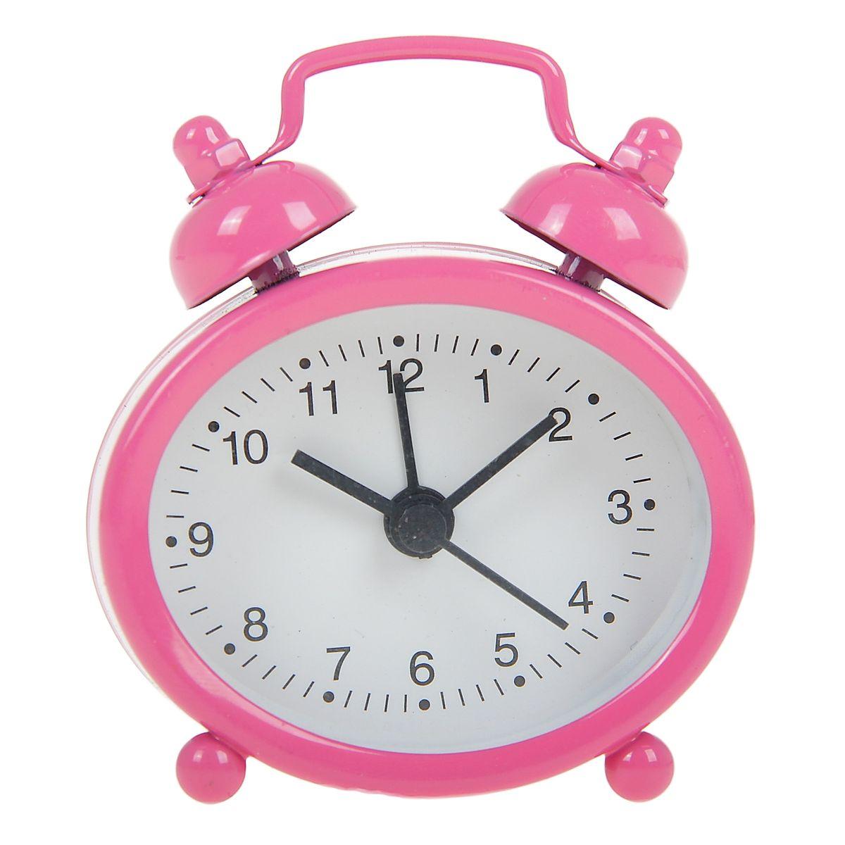 Часы-будильник Sima-land, цвет: розовый. 840946840946Как же сложно иногда вставать вовремя! Всегда так хочется поспать еще хотя бы 5 минут и бывает, что мы просыпаем. Теперь этого не случится! Яркий, оригинальный будильник Sima-land поможет вам всегда вставать в нужное время и успевать везде и всюду. Будильник украсит вашу комнату и приведет в восхищение друзей. Эта уменьшенная версия привычного будильника умещается на ладони и работает так же громко, как и привычные аналоги. Время показывает точно и будит в установленный час. На задней панели будильника расположены переключатель включения/выключения механизма, а также два колесика для настройки текущего времени и времени звонка будильника. Будильник работает от 1 батарейки типа LR44 (входит в комплект).