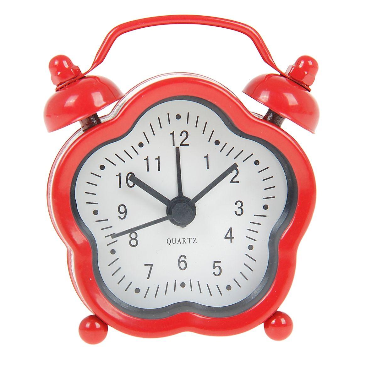 Часы-будильник Sima-land, цвет: красный. 840957840957Как же сложно иногда вставать вовремя! Всегда так хочется поспать еще хотя бы 5 минут и бывает, что мы просыпаем. Теперь этого не случится! Яркий, оригинальный будильник Sima-land поможет вам всегда вставать в нужное время и успевать везде и всюду. Будильник украсит вашу комнату и приведет в восхищение друзей. Эта уменьшенная версия привычного будильника умещается на ладони и работает так же громко, как и привычные аналоги. Время показывает точно и будит в установленный час. На задней панели будильника расположены переключатель включения/выключения механизма, а также два колесика для настройки текущего времени и времени звонка будильника. Будильник работает от 1 батарейки типа LR44 (входит в комплект).