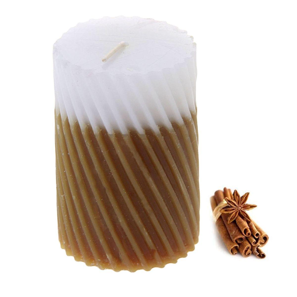 Свеча ароматизированная Sima-land Корица, высота 7,5 см. 849544849544Свеча Sima-land Корица выполнена из воска и оформлена резным рельефом. Свеча порадует ярким дизайном и приятным ароматом корицы, который понравится как женщинам, так и мужчинам. Создайте для себя и своих близких незабываемую атмосферу праздника в доме. Ароматическая свеча Sima-land Корица раскрасит серые будни яркими красками.