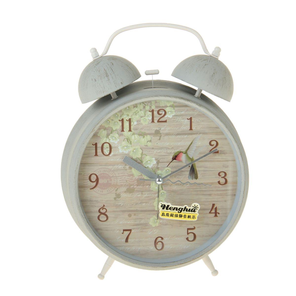 Часы-будильник Sima-land Птичка с цветами, диаметр 20 см906626Часы-будильник Sima-land Птичка с цветами - это невероятных размеров устройство, созданное специально для тех, кто с трудом просыпается по утрам! Изделие обладает ярким интересным дизайном восточного стиля. Такой будильник станет изюминкой вашего интерьера. Будильник работает от 1 батарейки типа С 1,5 В (в комплект не входит). На задней панели будильника расположены переключатель включения/выключения механизма, два поворотных рычага для настройки текущего времени и установки будильника, а также кнопка для включения подсветки циферблата. Диаметр циферблата: 20 см.