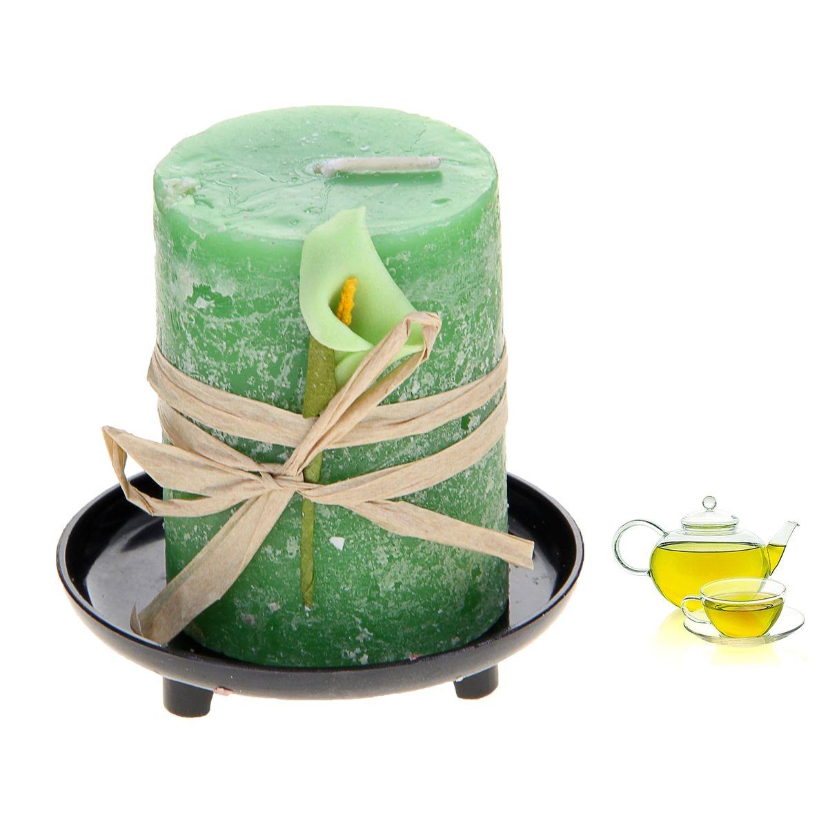Свеча ароматизированная Sima-land Зеленый чай, на подставке, высота 6 см907695Свеча Sima-land Зеленый чай выполнена из воска в виде столбика. Свеча порадует ярким дизайном и насыщенным ароматом зеленого чая, который понравится как женщинам, так и мужчинам. Изделие размещено на оригинальной пластиковой подставке. Создайте для себя и своих близких незабываемую атмосферу праздника в доме. Ароматическая свеча Sima-land Зеленый чай раскрасит серые будни яркими красками. Высота свечи (без учета подставки): 6 см. Высота подставки: 1,5 см.