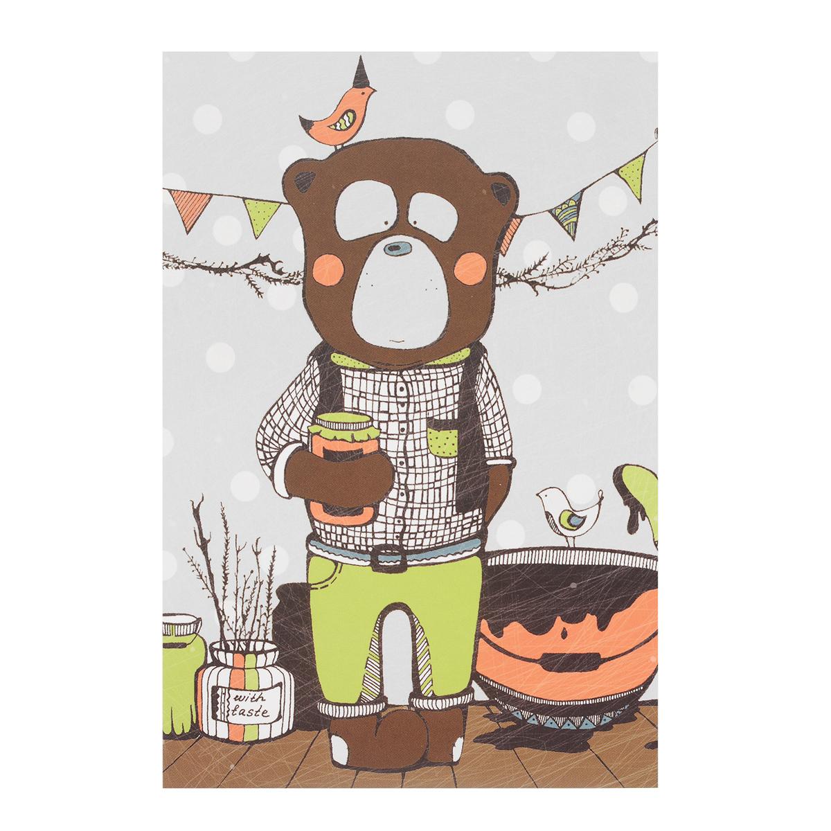 Открытка Вкус варенья. Автор Анастасия МежаковаMA10-002Оригинальная дизайнерская открытка Вкус варенья выполнена из плотного матового картона. На лицевой стороне расположена репродукция картины художницы Анастасии Межаковой с изображением медведя, занятого приготовлением вкусного варенья. Такая открытка станет великолепным дополнением к подарку или оригинальным почтовым посланием, которое, несомненно, удивит получателя своим дизайном и подарит приятные воспоминания.