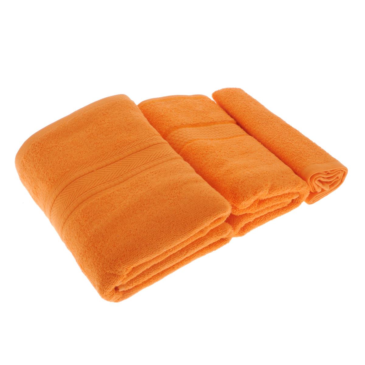 Набор махровых полотенец Osborn Textile, цвет: оранжевый, 3 штУзТ-КМП-08-27Набор Osborn Textile состоит из трех полотенец разного размера, выполненных из натурального хлопка. Такие полотенца отлично впитывают влагу, быстро сохнут, сохраняют яркость цвета и не теряют формы даже после многократных стирок. Полотенца очень практичны и неприхотливы в уходе. Размер полотенец: 40 см х 40 см; 50 см х 90 см; 70 см х 140 см. Плотность: 450 г/м2.
