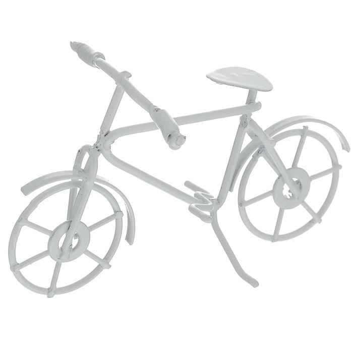 Миниатюра кукольная ScrapBerrys Велосипед, цвет: белый, 9 см х 5,5 см х 5 смSCB271037Миниатюра кукольная ScrapBerrys Велосипед изготовлена из металла. Такая миниатюра прекрасно подойдет для декорирования кукольных домиков, а также для оформления работ в самых различных техниках, для презентации трехмерных изображений или предметов. С ее помощью можно обставлять небольшие композиции, использовать в коллажах или просто как изысканные украшения для скрап-работ.