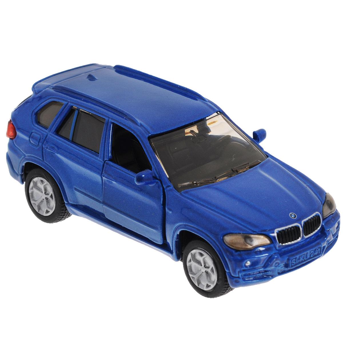 Siku Модель автомобиля BMW X5 цвет синий1432_синийКоллекционная модель Siku BMW X5 выполнена в виде точной копии одноименного автомобиля фирмы BMW. Такая модель понравится не только ребенку, но и взрослому коллекционеру, и приятно удивит вас высочайшим качеством исполнения. Модель выполнена из металла с элементами из пластика; прорезиненные колеса крутятся. Передние двери машинки открываются. Отличный подарок для любителей автомобилей!