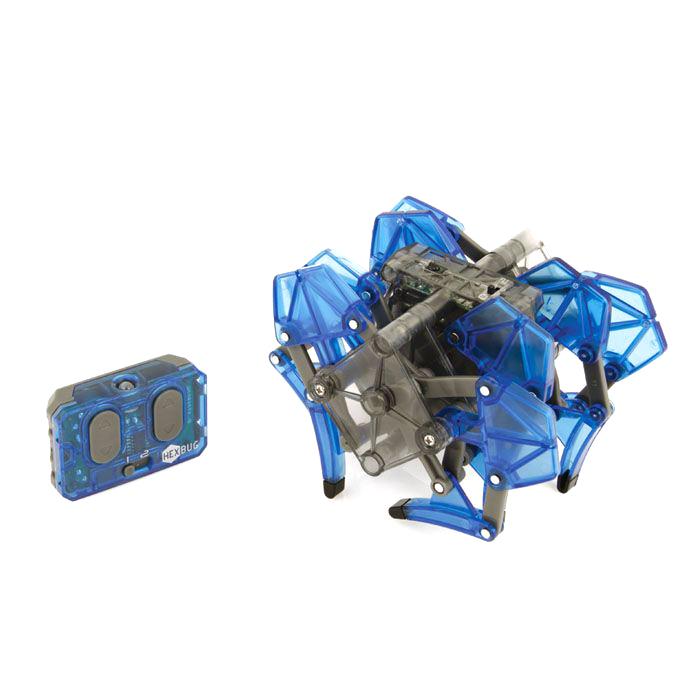 Микро-робот Hexbug Strandbeest, цвет: синий477-2825_3Микро-робот Hexbug Strandbeest - необычная, удивительной формы конструкция, имеющая 4 пары ног. Вдохновение на создание этого микро-робота пришло от голландского физика, а теперь художника Тео Янсена. Strandbeest управляется при помощи пульта. При нажатии правой кнопки, будут двигаться 4 правые ноги, при нажатии левой - 4 левые ноги. Благодаря такому строению, микро-робот способен плавно двигаться в любую сторону, а также совершать развороты на 360°. Микро-робот работает от 5 батареек типа AG13, три для Strandbeest, две для пульта управления (батарейки входят в комплект). Гарантия: 15 дней.
