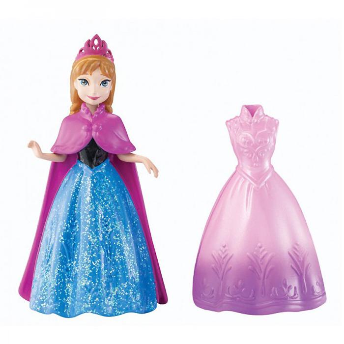 Disney Princess Мини-кукла Принцесса Анна с платьемY9969/Y9970Мини-кукла Disney Princess Принцесса Анна с платьем непременно порадует вашу малышку и доставит ей много удовольствия от часов, посвященных игре с ней. Куколка выполнена из пластика в виде очаровательной принцессы Анны. Ручки, ножки и голова куколки подвижны. Одета куколка в снимающееся блестящее черно-синее платье с лиловой накидкой. В комплект также входит роскошное розовое платье с фиолетовым подолом. Оба наряда выполнены из мягкого пластика по специальной технологии MagiClip, благодаря которой они легко снимаются и одеваются. Ваша малышка с удовольствием будет играть с этой куколкой, проигрывая сюжеты из мультфильма и придумывая различные истории.