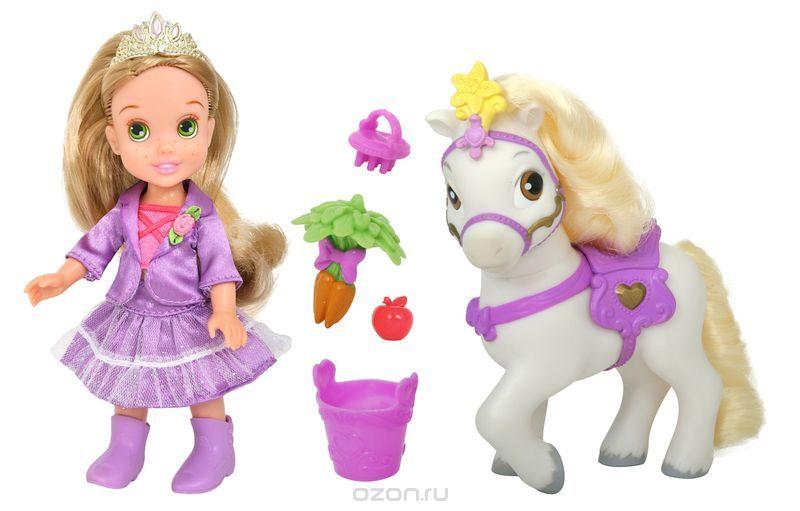 Disney Princess Игровой набор с мини-куклой Малышка Рапунцель и пони755060_Rapunzel and ponyИгровой набор isney Princess My First Disney Princess: Малышка Рапунцель и пони - обязательно понравится вашей дочурке. Туловище куклы выполнено из высококачественного пластика; голова, ручки и ножки подвижны. Принцесса одета в красивый наряд, на ножках сапожки. Кукла имеет длинные мягкие волосы, которые можно заплетать в различные прически. На голове королевская тиара. У принцессы есть своя лошадка, на которой она в любой момент может прокатиться. У лошадки красивая густая грива. Яркая сбруя и седло подходят по тону к наряду принцессы. В комплекте есть специальная еда для лошадки - морковка и яблоко в небольшом ведерке, а также щетка для гривы. Такая куколка очарует вас и вашу дочурку с первого взгляда! Ваша малышка с удовольствием будет играть с принцессой, проигрывая сюжеты из мультфильма или придумывая различные истории. Порадуйте свою дочурку таким замечательным подарком!
