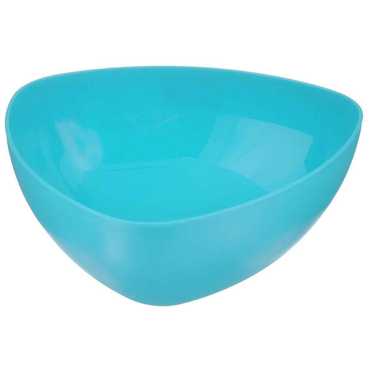 Салатник Ucsan, треугольный, цвет: бирюзовый, 3 лM-747 бирюзовыйТреугольный салатник Ucsan изготовлен из полипропилена и идеально подходит для сервировки стола. Салатник Ucsan не только украсит ваш кухонный стол и подчеркнет прекрасный вкус хозяйки, но и станет отличным подарком. Размер салатника (по верхнему краю): 25 см х 25 см. Высота: 10,5 см. Объем салатника: 3 л.