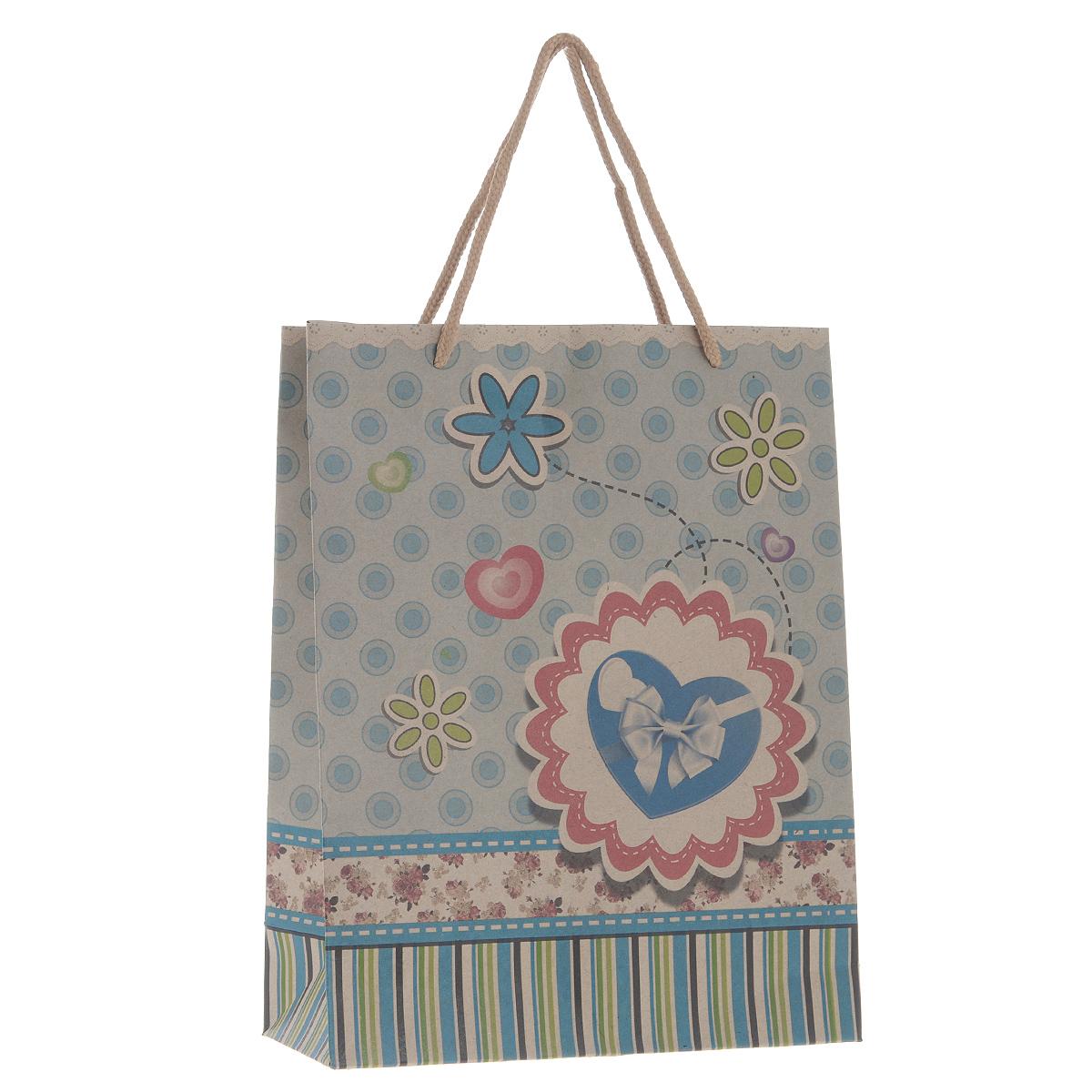 Пакет подарочный Голубое сердце, 19 см х 24,5 см х 8 см38874Подарочный пакет Голубое сердце, изготовленный из плотной бумаги, станет незаменимым дополнением к выбранному подарку. Дно изделия укреплено плотным картоном, который позволяет сохранить форму пакета и исключает возможность деформации дна под тяжестью подарка. Для удобной переноски на пакете имеются две ручки из шнурков. Подарок, преподнесенный в оригинальной упаковке, всегда будет самым эффектным и запоминающимся. Окружите близких людей вниманием и заботой, вручив презент в нарядном, праздничном оформлении.