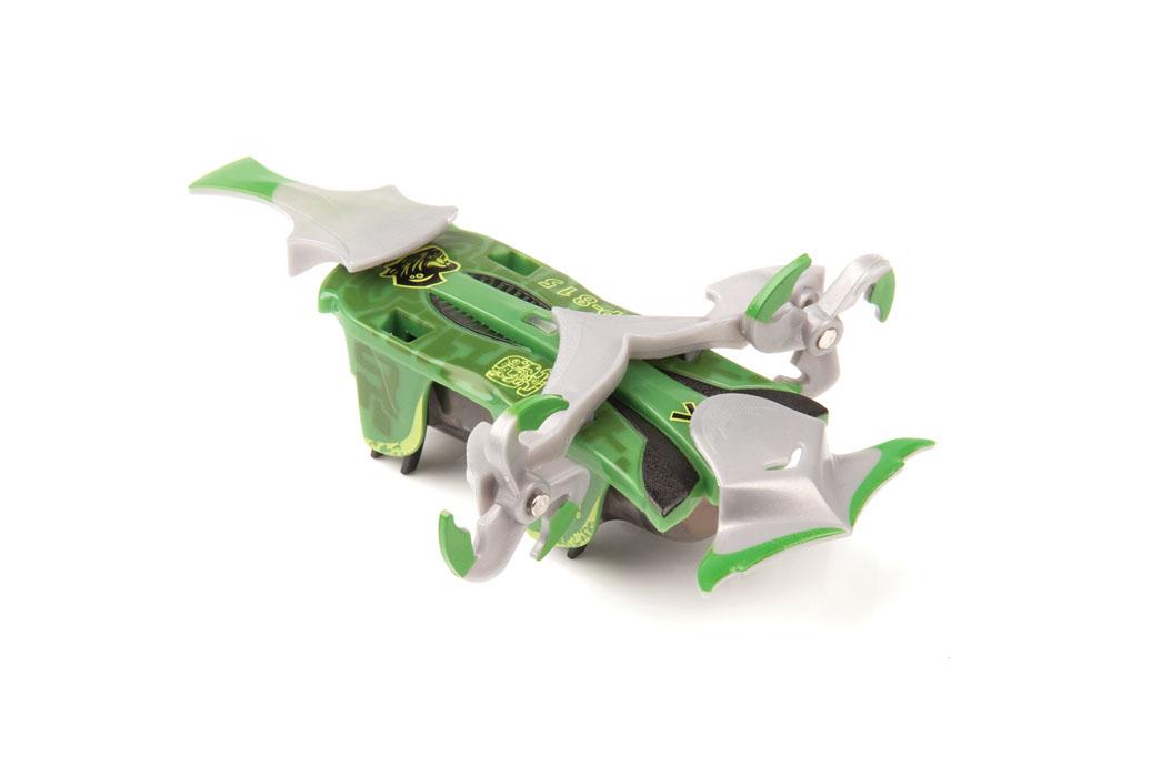 Микро-робот Hexbug Warriors. Viridia, цвет: зеленый. S1-3C477-1982Микро-робот Hexbug Warriors. Viridia, изготовленный из безопасного пластика, создан по уникальной нано-технологии. Ничто не сможет противостоять всепобеждающей силе природы, которую использует в сражениях данный микро-робот. Он защищает свою академию высокотехнологичным оружием, среди которого бур, наносящий мощные удары, вибрирующие сабли, которые не только поражают соперника, но и защищают самого робота-жука. Правильная экипировка и наличие защитной амуниции сделает вашего воина непобедимым. Он имеет мощный электромотор, за счет вибрации которого он движется вперед и сметает все на своем пути. Микро-робот оснащен сменными элементами кинетической амуниции, датчиком удара, функцией контроля уровня здоровья. Доступны 2 уровня игры: тренировка и битва. В режиме Тренировка датчик удара и функция контроля уровня здоровья отключены. В режиме Битва каждый удар снижает уровень здоровья микро-робота. Подготовьте бойца к сражению,...