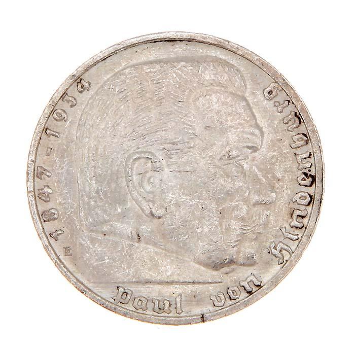 Монета 5 рейхсмарок (Гинденбург). Белый металл. Германия (Третий рейх), 1935 год691503Монета 5 рейхсмарок (Гинденбург). Белый металл. Германия (Третий рейх), 1935 год. Диаметр: 3 см. Гурт с надписью: Gemeinnutz geht vor Eigennutz. Сохранность очень хорошая.