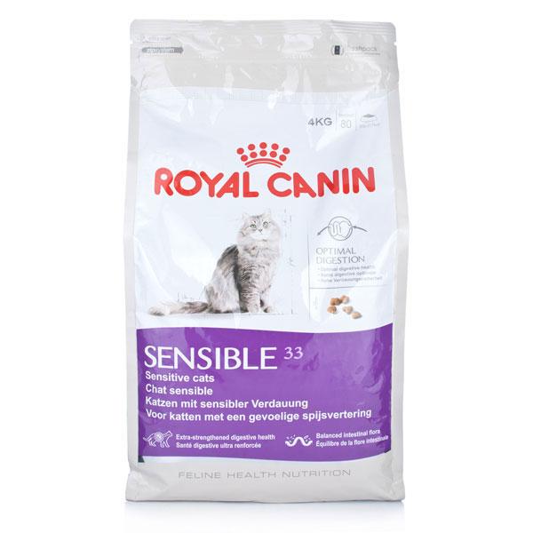 Корм сухой Royal Canin Sensible 33, для кошек с чувствительной пищеварительной системой, 4 кг60096Сухой корм Royal Canin Sensible 33 - Полнорационный корм для кошек с чувствительной пищеварительной системой, рекомендуемый для кошек старше 1 года. Некоторые кошки отличаются особой предрасположенностью к расстройствам пищеварения. Непривычный корм, стресс и другие факторы способны спровоцировать у них диарею и/или рвоту. Иногда расстройства пищеварения у кошек могут возникать даже без видимой причины. Легко усвояемый рацион поможет смягчить подобные проявления. Специально разработанный состав корма Sensible 33 помогает обеспечить нормальную работу пищеварительной системы вашей кошки. Оптимальный баланс кишечной микрофлоры также способствует хорошему пищеварению, обеспечивая комфорт вашей кошки. Защита пищеварительной системы. Кошкам с чувствительной пищеварительной системой необходим рацион, обеспечивающий оптимальное пищеварение. Эффективная защита достигается благодаря входящему в состав корма эксклюзивному комплексу питательных веществ,...