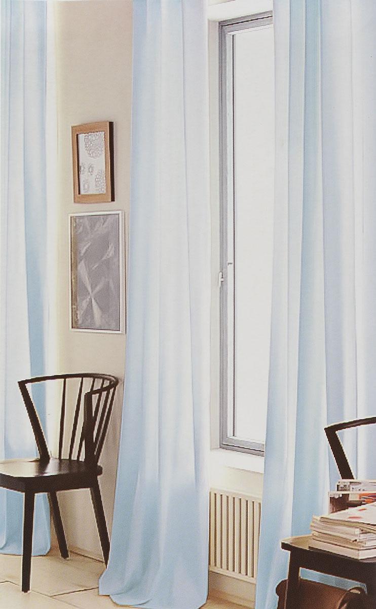 Штора готовая для гостиной Garden, на ленте, цвет: голубой, размер 300*260 см. C W191 V79066C W191 V79066Изящная тюлевая штора Garden выполнена из вуали (100% полиэстера). Полупрозрачная ткань, приятный цвет привлекут к себе внимание и органично впишутся в интерьер помещения. Такая штора идеально подходит для солнечных комнат. Мягко рассеивая прямые лучи, она хорошо пропускает дневной свет и защищает от посторонних глаз. Отличное решение для многослойного оформления окон. Штора крепится на карниз при помощи ленты, которая поможет красиво и равномерно задрапировать верх.