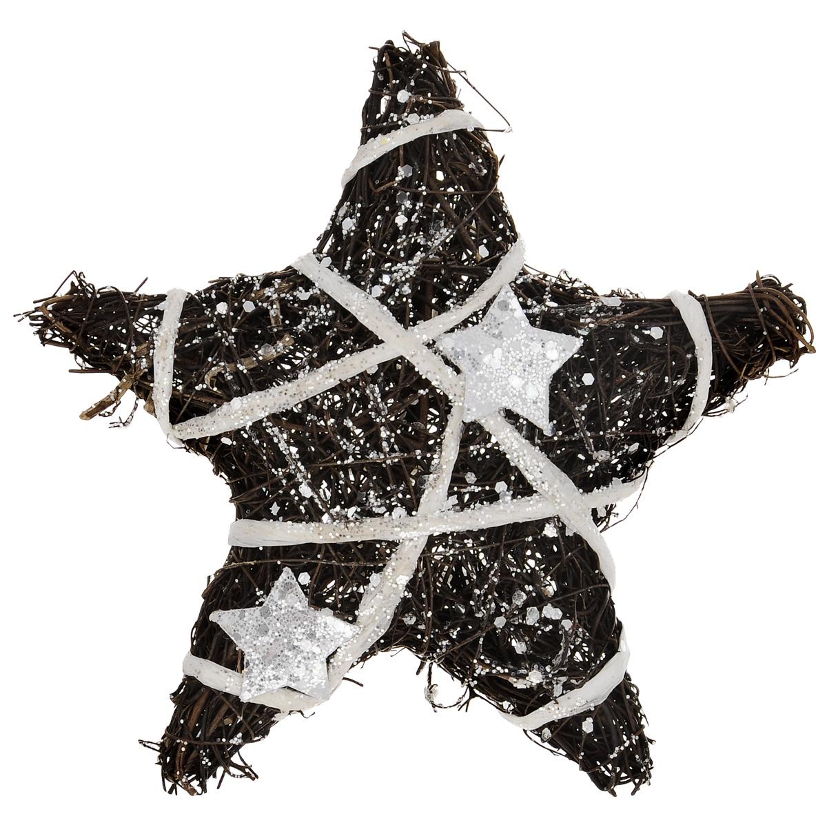 Новогоднее декоративное украшение ScrapBerrys Звездочка, 25 см х 25 см х 5 смSCB370217Украшение ScrapBerrys Звездочка имеет прочный металлический каркас, декорированный небольшими плетеными прутьями, бумажной лентой и звездами, покрытый сверкающим глиттером. Декоративная звездочка дополнит интерьер любого помещения, а также может стать оригинальным подарком для ваших друзей и близких. Оформление помещения декоративным украшением создаст праздничную, по-настоящему радостную и теплую атмосферу. Новогодние украшения всегда несут в себе волшебство и красоту праздника. Создайте в своем доме атмосферу тепла, веселья и радости, украшая его всей семьей.