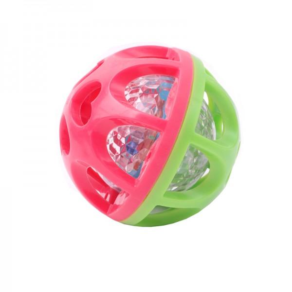 Playgo Развивающая игрушка Сверкающий шар, цвет: салатовый, розовыйPlay 2842Playgo Развивающая игрушка Сверкающий шар несомненно придется по душе вашему ребенку! Корпус этого необычного мячика выполнен из безопасной резины - ребенку непременно понравится крутить в ручках и изучать интересную игрушку. Внутри мяча находится еще один пластиковый шарик с разноцветными светодиодами. Если трясти или кидать мячик, то он начинает мигать разноцветными огоньками. Любой малыш придет в восторг от такой игрушки и получит море удовольствия, пытаясь разобраться с загадочным устройством. Развивающая игрушка Сверкающий шар развивает мышление, зрительное и слуховое восприятия и мелкую моторику рук. Игрушка комплектуется несменяемыми батарейками.