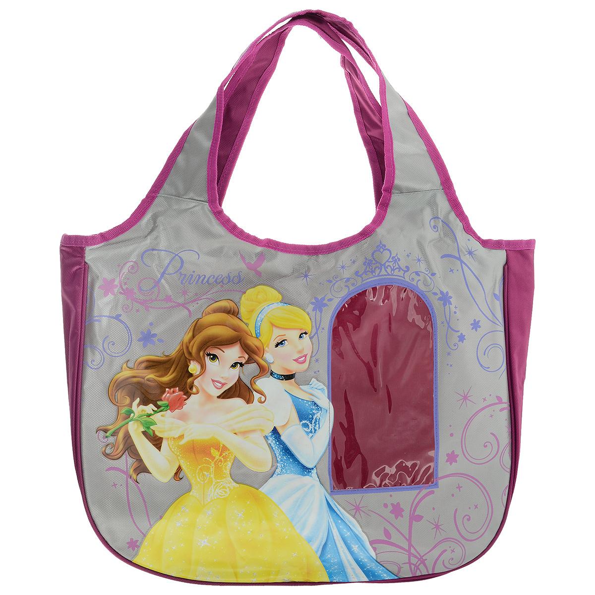 Сумка детская Disney Princess, цвет: розовый, серый. PRAS-UT-1445PRAS-UT-1445Сумка детская Disney Princess, выполненная из плотного, водоотталкивающего полиэстера, оформлена изображением прекрасных принцесс. Сумочка имеет одно большое вместительное отделение, закрывающееся на застежку-молнию, куда можно положить все необходимые принадлежности и аксессуары. На лицевой стороне сумки имеется небольшая прозрачная вставка в виде окна. Внутри отделения расположен карман-кошелек на молнии. Сумочка оснащена двумя ручками для переноски, которые выполнены цельными с основой. Сумка Disney Princess - идеальный вариант аксессуара на время прогулки или путешествия.