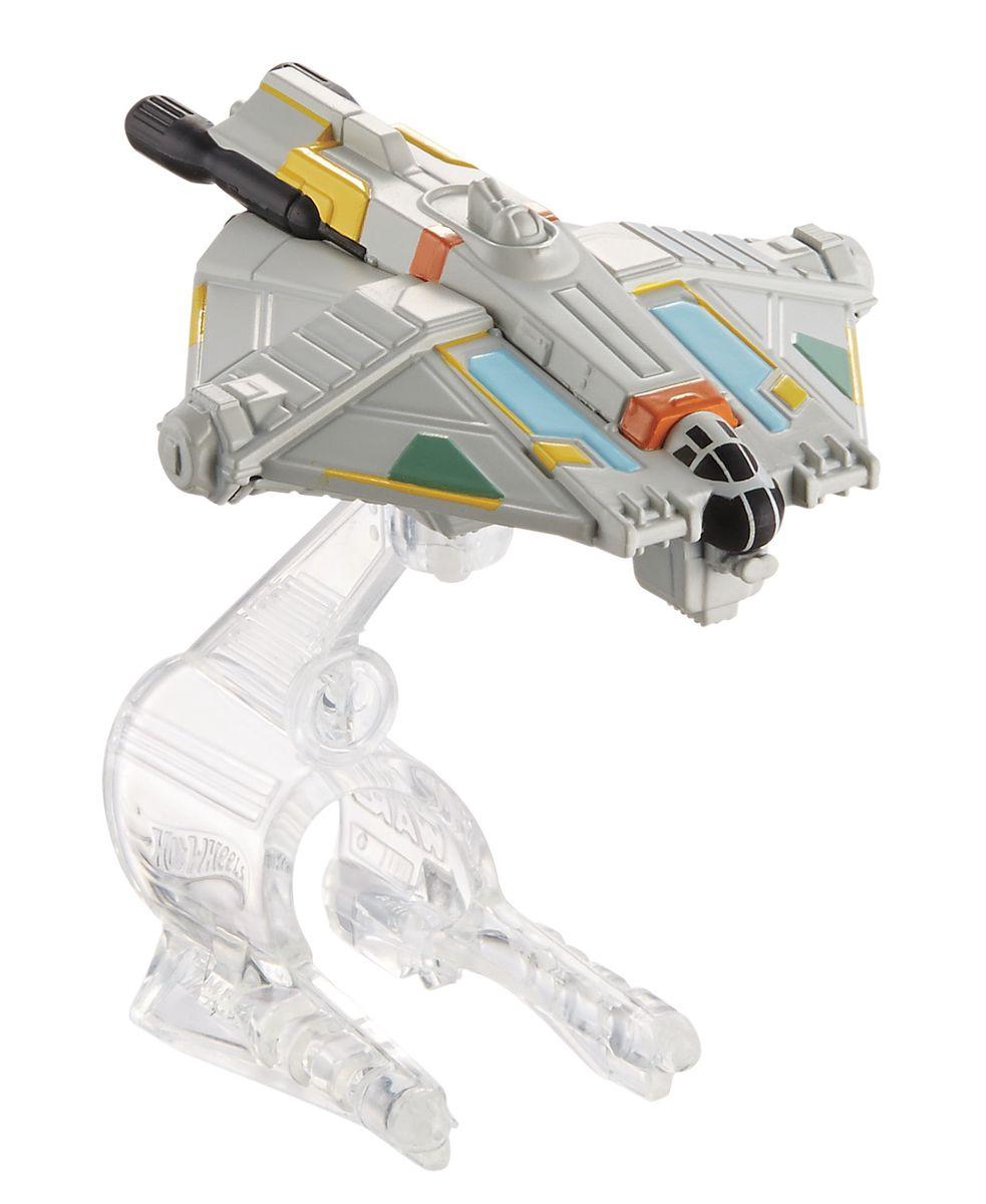 Hot Wheels Star Wars Звездный корабль GhostCGW52_CGW62_DRX07Звездный корабль Hot Wheels Ghost непременно приведет в восторг поклонника фантастической саги Звездные воины. В комплекте звездный корабль и подставка. Надевайте на руку устройство Flight Navigator и запускайте корабль в полет по комнате, прямо как в гиперпространстве, или устраивайте яростные космические сражения. Flight Navigator можно также использовать как подставку для игрушек. Звездолеты совместимы с игровыми наборами Hot Wheels Star Wars (продаются отдельно). Порадуйте своего ребенка такой необычной игрушкой!