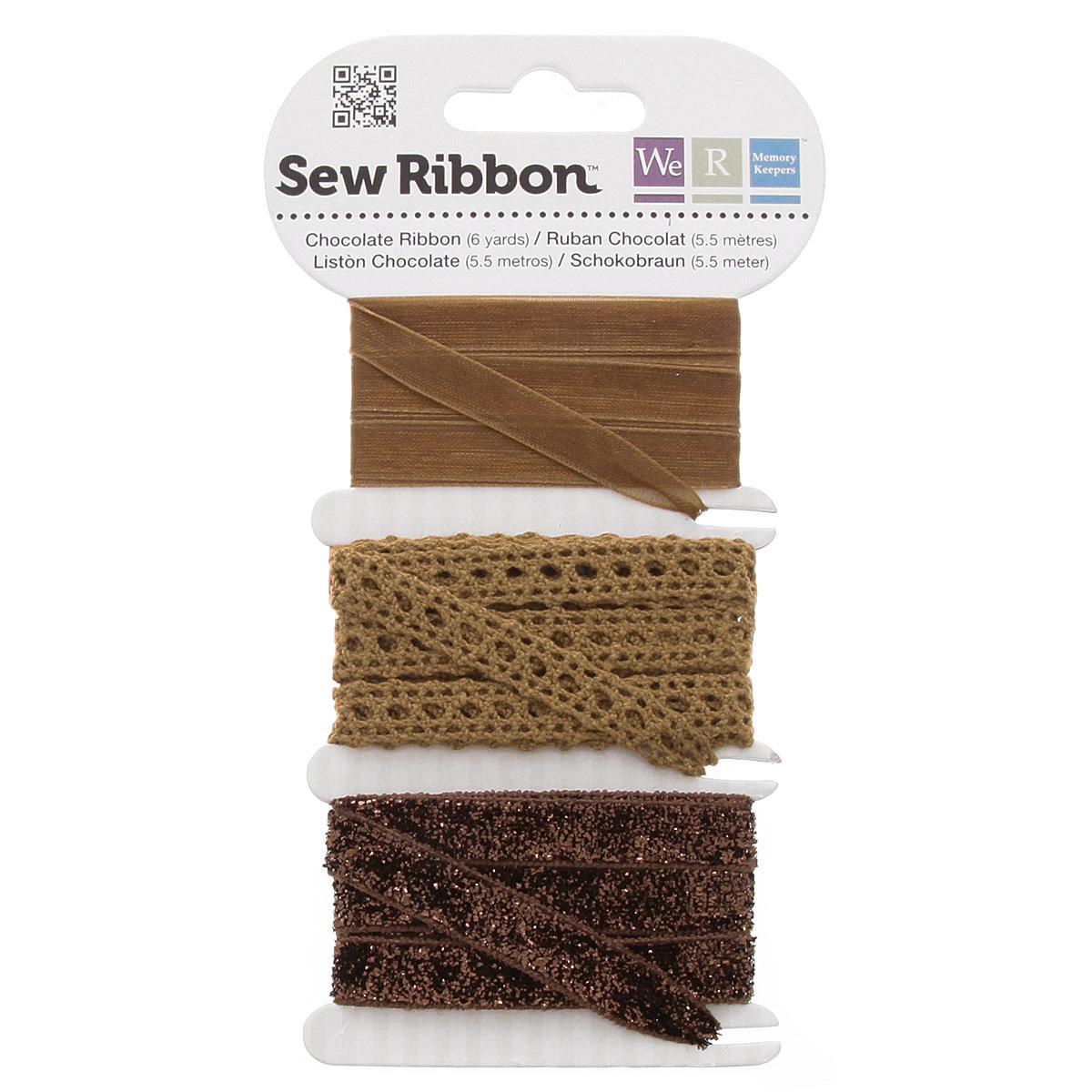 Набор лент We R Sew Ribbon, цвет: шоколад, 1,8 м, 3 шт71227-5Набор We R Sew Ribbon включает 3 декоративные ленты с различной текстурой и декором. Такие ленты идеально подойдут для оформления различных творческих работ таких, как скрапбукинг, аппликация, декор коробок, открыток и многое другое. Ленты наивысшего качества практичны в использовании. Они станут незаменимым элементом в создании рукотворного шедевра. Ширина: 1 см. Длина ленты: 1,8 м.