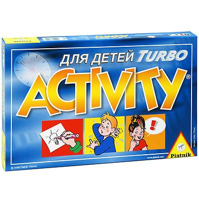 Настольная игра Piatnik Activity Turbo782442Настольная игра Piatnik Activity Turbo основана на обмене идеями между игроками. В игре используются все обычные формы общения, необходимые для объяснения и пояснения слов: рисование, объяснение, пантомима. В игре могут принимать участие 2, 3 или 4 команды. В каждой команде должно быть не менее 2-х игроков. Каждая команда получает одну игровую фишку, затем игрок этой команды, открывая верхнюю карточку, смотрит на слова, указанные на ней, и пытается с помощью слов, мимики, жестов или рисунка объяснить их членам своей команды. За каждое правильно угаданное слово игроки могут передвинуть свою игровую фишку на 1 поле. Если игроки угадали два слова, то они передвигают свою фишку на 3 поля. Внимание - время ограничено! Побеждает команда, которая доберется до финиша первой! В комплект игры входят: 220 карточек, 4 фишки, таймер, игровое поле, правила игры на русском языке.
