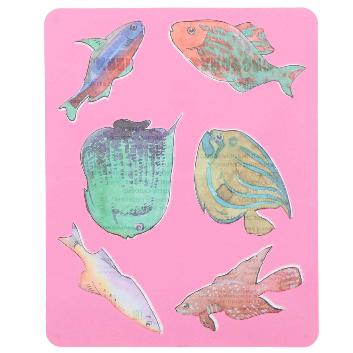 Трафарет прорезной Луч Аквариумные рыбки10С 531-08Трафарет Луч Аквариумные рыбки, выполненный из безопасного пластика, предназначен для детского творчества. По трафарету маленький художник сможет нарисовать и отдельных рыбок, и сюжетные картинки с ними. Для этого необходимо положить трафарет на лист бумаги, обвести фигуру по контуру и раскрасить по своему вкусу или глядя на цветную картинку-образец. Трафареты предназначены для развития у детей мелкой моторики и зрительно-двигательной координации, навыков художественной композиции и зрительного восприятия.