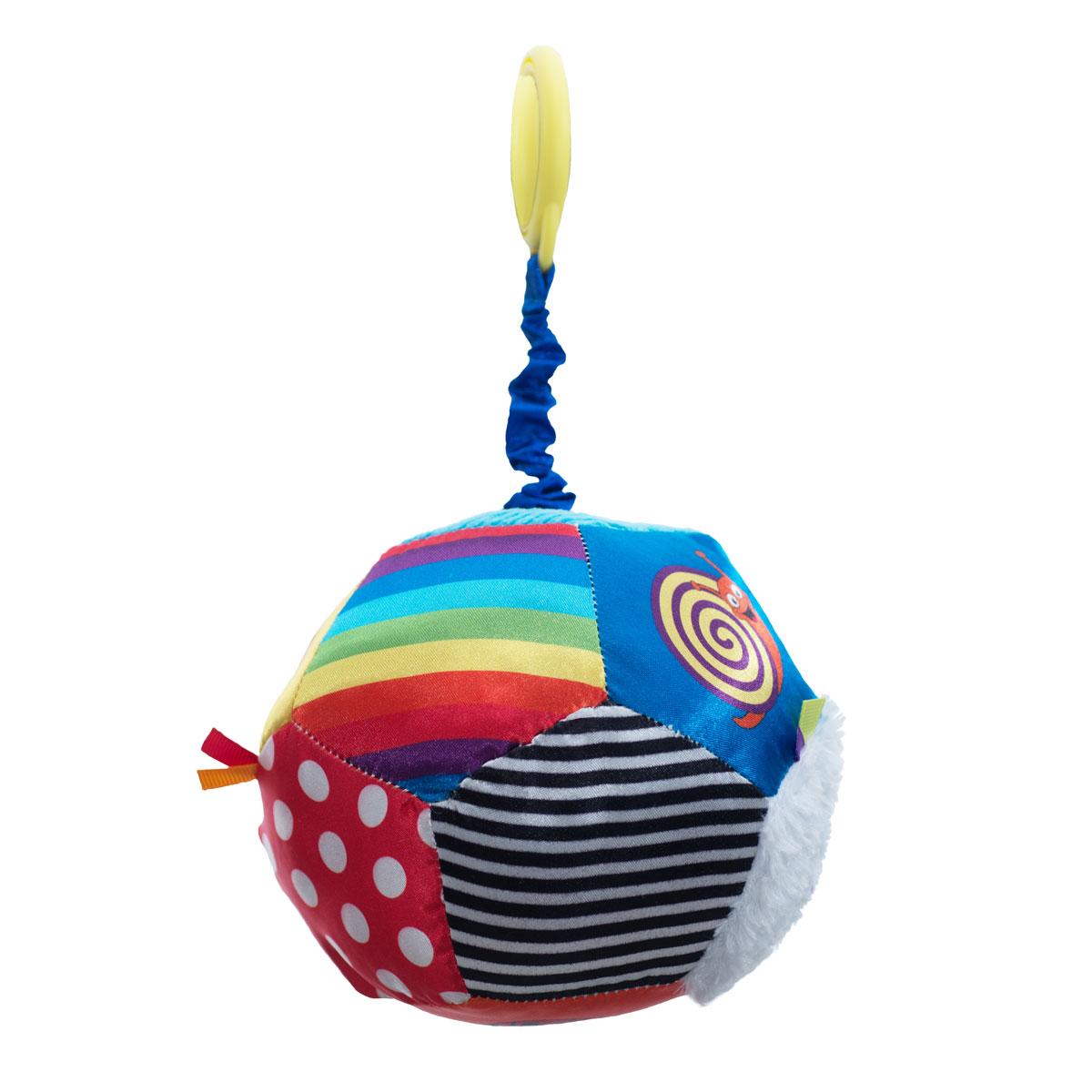WeeWise Подвесная игрушка для коляски и автокресла - Мяч Открытие20114Игрушка крепится к козырьку –тенту прогулочной коляски или к ручке детского автокресла категории 0+. Поверхность мяча выполнена из материалов различного цвета и фактуры. Игрушка снабжена пружинным вибрирующим механизмом, способствует развитию зрительного, слухового и тактильного восприятия. Стимулирует хватательные навыки ребенка, помогает тренировке мелкой моторики рук.