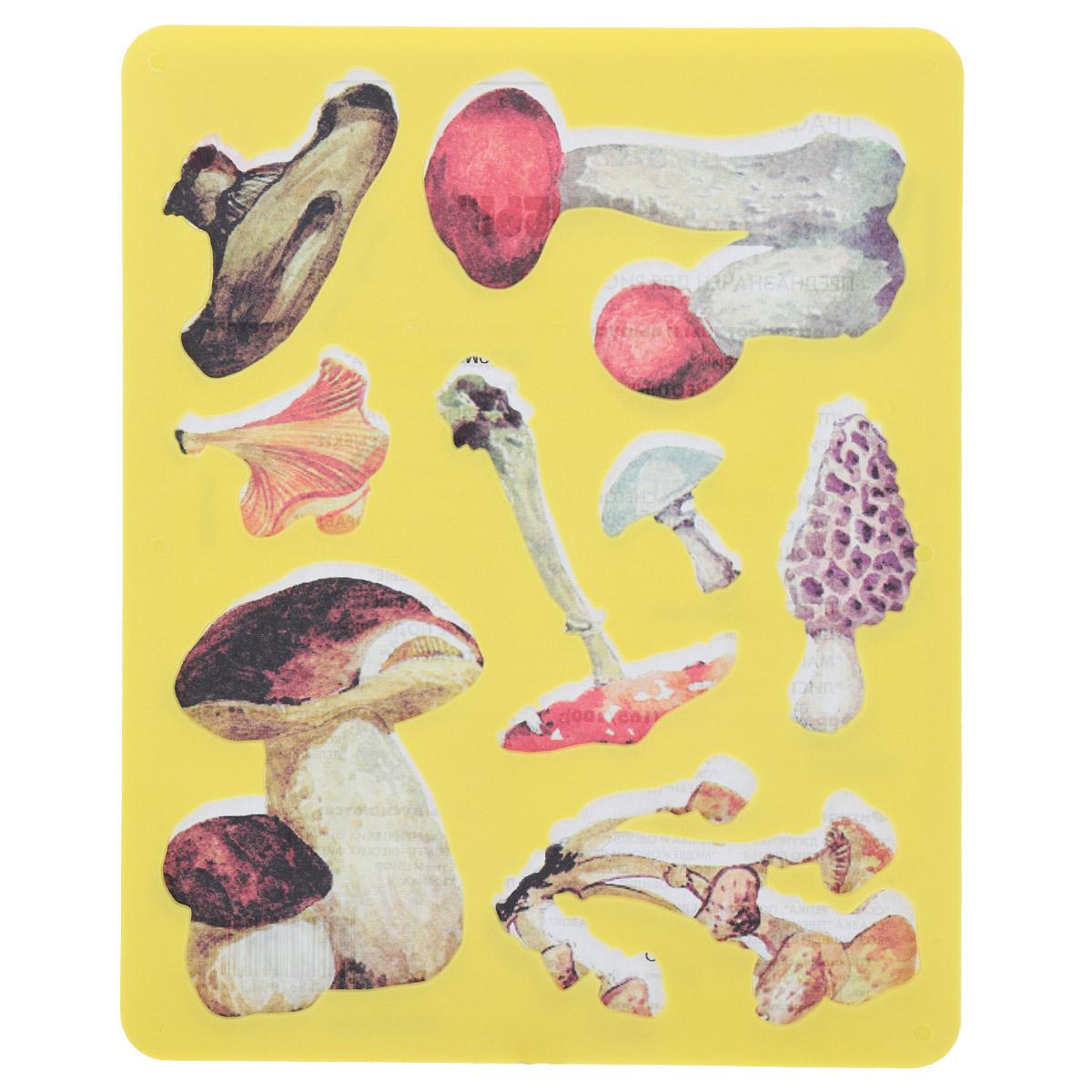 Трафарет прорезной Луч Грибы9С 450-08Трафарет Луч Грибы, выполненный из безопасного пластика, предназначен для детского творчества. По трафарету маленький художник сможет нарисовать грибы, а также ознакомиться с их видами: подосиновик, сморчок, опята, мухомор, белый гриб, лисичка, черный груздь. Для этого необходимо положить трафарет на лист бумаги, обвести фигуру по контуру и раскрасить по своему вкусу или глядя на цветную картинку-образец. Трафареты предназначены для развития у детей мелкой моторики и зрительно-двигательной координации, навыков художественной композиции и зрительного восприятия.