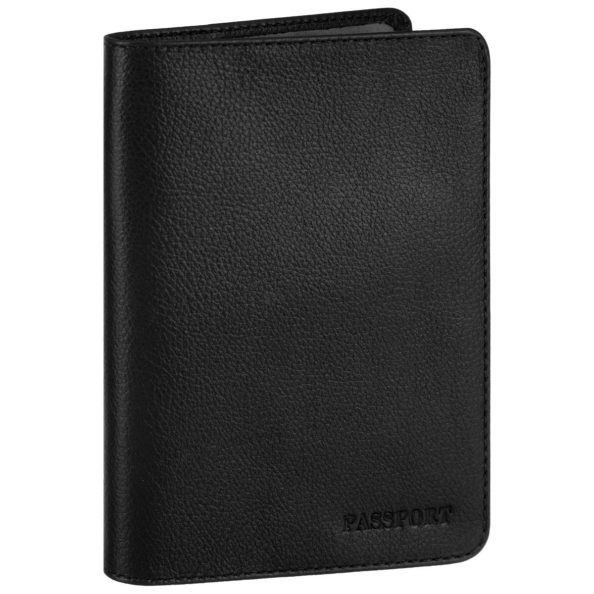 Обложка для паспорта Fabula, цвет: черный. O.53.FPO.53.FP. черныйСтильная обложка для паспорта Fabula выполнена из натуральной кожи с зернистой текстурой, оформлена надписью Passport. Обложка для паспорта раскладывается пополам, внутри расположены два пластиковых кармашка. Такая обложка для паспорта станет прекрасным и стильным подарком человеку, любящему оригинальные и практичные вещи.