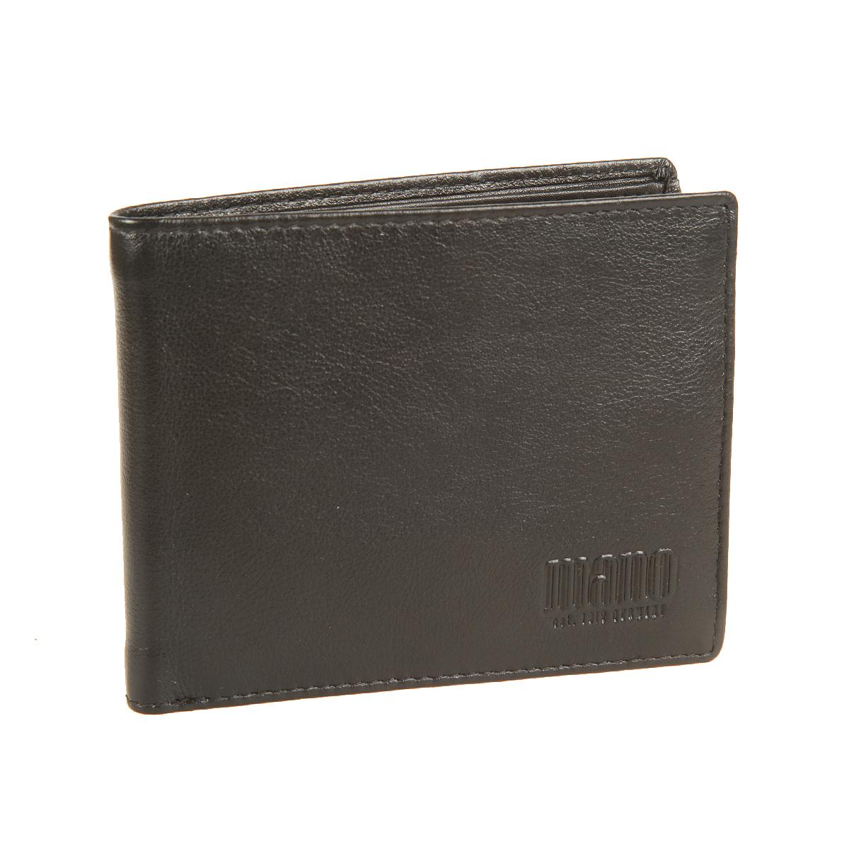 Портмоне мужское Mano, цвет: черный. 14660/114660/1 blackСтильное мужское портмоне Mano выполнено из натуральной кожи. Изделие оформлено тиснением с названием производителя. Изделие раскладывается пополам. Портмоне содержит два отделения для купюр, шесть кармашков для визиток и пластиковых карт, карман для мелочи на кнопке и два боковых кармана для документов. Портмоне упаковано в фирменную картонную коробку. Такое портмоне станет отличным подарком для человека, ценящего качественные и стильные вещи.