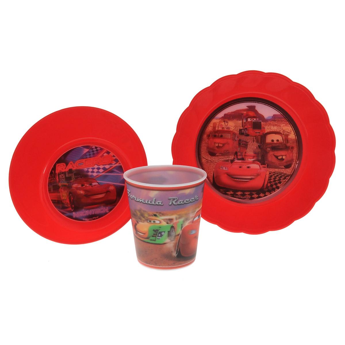 Набор детской посуды Disney Тачки, цвет: красный, 3 предмета. N3C1N3C1Набор детской посуды Disney Тачки состоит из стакана, салатника и тарелки. Посуда, выполненная из пищевого пластика, оформлена изображениями героев популярного мультфильма Тачки. Рисунки находятся под слоем прозрачного структурного пластика (линзы), создающего эффект объемного изображения, как в 3D кино, и исключающего попадание краски в жидкость. Небьющаяся посуда, красивая, легкая и удобная в уходе, прекрасно выдерживает горячую пищу. Ваш малыш с удовольствием будет кушать вместе с любимыми героями. Объем стакана: 260 мл. Высота стакана: 8,5 см. Диаметр стакана (по верхнему краю): 8 см. Диаметр салатника: 15 см. Высота салатника: 5 см. Диаметр тарелки: 18 см. Высота тарелки: 4 см.