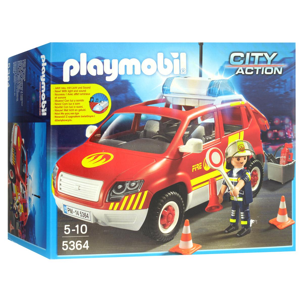 Playmobil Игровой набор Пожарная машина командира, со световыми и звуковыми эффектами5364pmИгровой набор Playmobil Пожарная машина командира понравится вашему малышу и надолго увлечет его. В комплект входят: фигурка пожарного, автомобиль, а также множество разнообразных аксессуаров, которые сделают игру еще интереснее. Элементы набора выполнены из прочного пластика ярких цветов. Руки и голова фигурки подвижны, а благодаря специальной форме ручек, она может держать различные небольшие предметы, входящие в набор. Командиру пожарников все дают дорогу, ведь его машина оснащена сиреной и мигалкой. Командир может перекрыть движение и отдавать команды через мегафон. Автомобиль оснащен звуковыми и световыми эффектами - при нажатии на кнопки на крыше раздастся звук сирены и замигают сигнальные огни. Игры с таким набором позволят ребенку весело провести время, а также помогут развить мелкую моторику пальчиков, внимательность и воображение. Порадуйте своего малыша такой чудесной игрушкой! Необходимо докупить 1 батарейку напряжением 1,5V типа ААА (в...