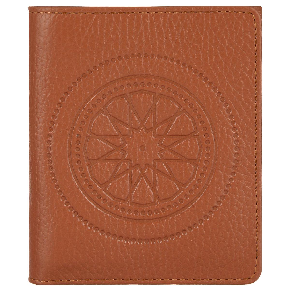 Кошелек женский Fabula Talisman, цвет: рыжий. PJ.107.SNPJ.107.SN. рыжийСтильный женский кошелек Fabula Talisman выполнен из натуральной кожи с зернистой текстурой, оформлен декоративным тиснением. Кошелек закрывается на кнопку, внутри расположены: два отделения для купюр, шесть накладных карманов для пластиковых карт или визиток. Снаружи расположен карман для мелочи на кнопке. Такой кошелек станет прекрасным и стильным подарком человеку, любящему оригинальные и практичные вещи.