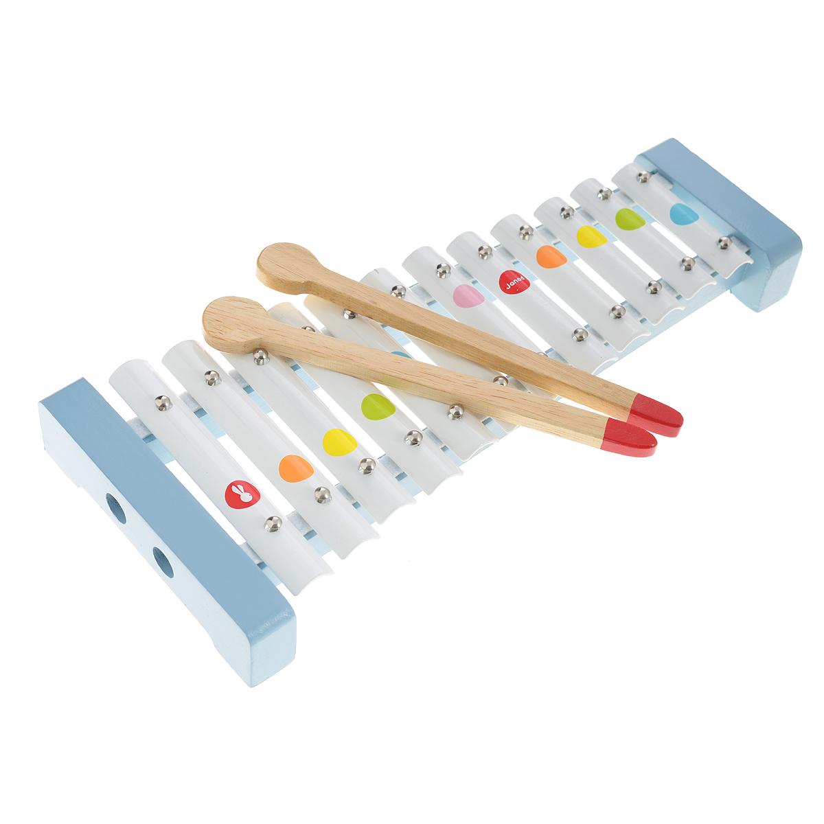 Музыкальная игрушка Janod МеталлофонJ07604Музыкальная игрушка Металлофон производства французской компании Janod предназначена для детей от 2 лет. Металлофон - это металлический ксилофон, который отличается высоким чистым звуком. Всем известно, что музыка благотворно влияет на психику детей, вырабатывает у них чувство гармонии, вызывает новые эмоции. Металлофон выполнен из дерева и оснащен 12 металлическими пластинами, которые, при ударе по ним деревянной палочкой, издают приятный мелодичный звон. Он имеет оригинальный дизайн и веселую приятную расцветку: на белом фоне расположены яркие разноцветные кружочки в виде конфетти. Деревянные палочки хранятся в подставке металлофона. Металлофон издает приятные звуки и не станет головной болью для родителей, пока ребенок учится играть. Кроме того, инструмент прост в освоении и непременно порадует вашего маленького музыкант. Игра на металлофоне поможет развить слух, звуковое и цветовое восприятия, концентрацию внимания и мелкую моторику рук ребенка.