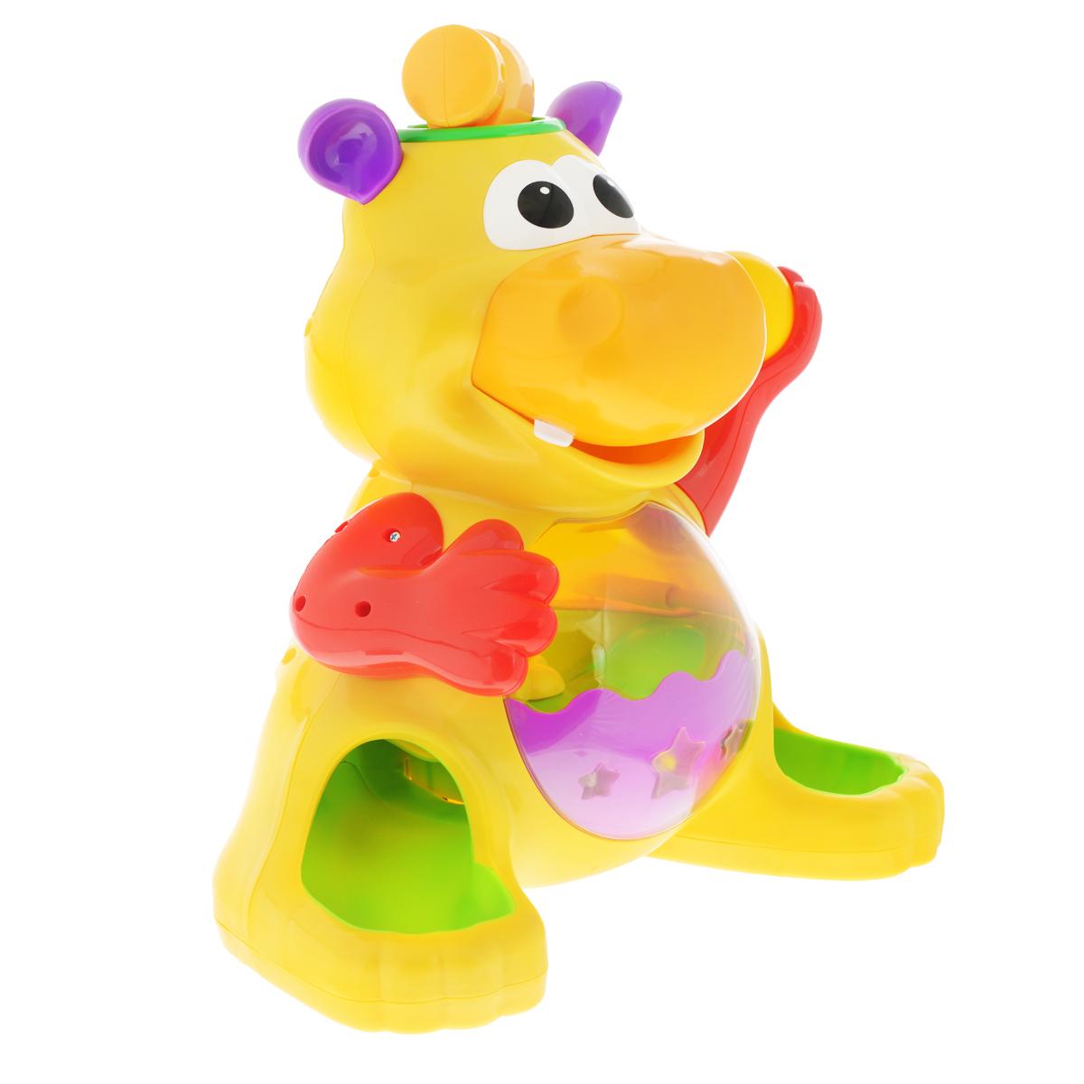 Развивающая игрушка Kiddieland Забавный бегемот с шарамиKID 049890Развивающая игрушка Забавный бегемот с шарами со звуковыми и световыми эффектами обязательно понравится малышу. Этот забавный желтый бегемотик умеет глотать шарики, а если повернуть его хвост, то шарики снова выкатываются прямо в руки ребенку. Игру сопровождают забавные звуки и веселая музыка. Игрушка станет отличной забавой для малышей старше года. В комплект входят: бегемот, молоток, четыре шара. Питание: 3 батареи АА (входят в комплект).