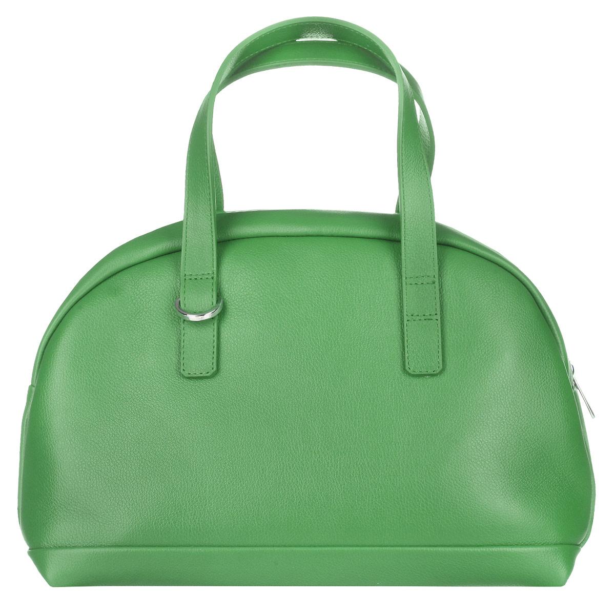 Сумка женская Fabula, цвет: зеленый. S.111.FPS.111.FP. зеленыйВместительная женская сумка Fabula из коллекции Every day выполненная из натуральной кожи. Закрывается на молнию. Сумка оснащена двумя ручками для ношения в руке или на сгибе локтя. В комплекте съемный плечевой ремень, крепящийся на карабины. Длина плечевого ремня не регулируется. Сумка состоит из одного основного отделения, закрывающегося на застежку-молнию. Внутри - прорезной боковой карман на молнии. Внутренняя плотная вынимающаяся вкладка обтянутая тканью придает сумке устойчивость. Такая сумка позволит вам подчеркнуть свой стиль и особенный статус.
