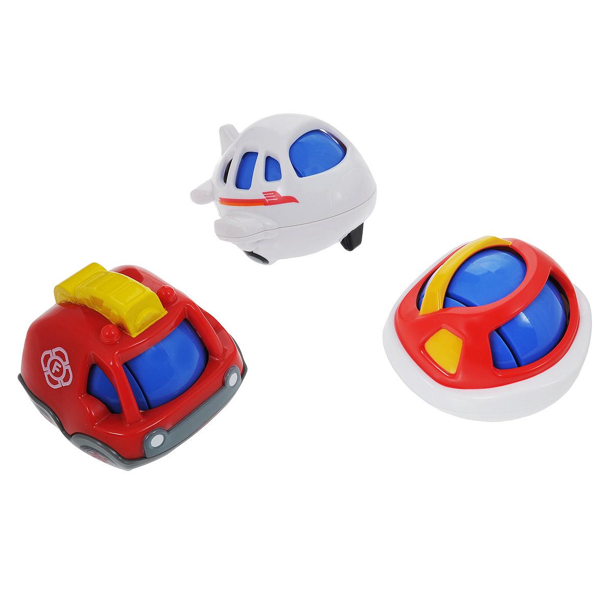 Playgo Развивающая игрушка Игровой транспорт, 3 предметаPlay 2860Развивающая игрушка Playgo Игровой транспорт привлечет внимание вашего малыша и подарит много часов, посвященных игре с ней! Изготовлены игрушки из высококачественных материалов и выполнены в ярких цветах. В комплекте представлены три игрушки в виде машинки, самолета и катера. У каждой игрушки внутри шарик, за счет чего их можно катать. Если начать катать игрушки или потрясти, то будут издаваться звонкие звуки. С такой игрушкой малышу никогда не будет скучно. Развивающий игрушка Игровой транспорт поможет малышу развить слуховое и цветовое восприятия, мелкую моторику рук и концентрацию внимания, стимулирует взаимодействие между органами осязания, слухом и зрением, учит различать формы и цвета.