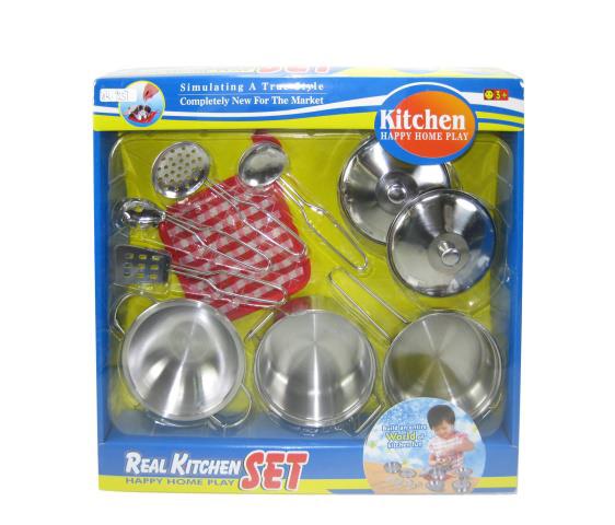 Junfa Игровой набор Посуда для кухни8196Данный набор - отличный способ научить девочку с самого детства быть настоящей хозяюшкой в доме. Металлическая посуда позволит юной хозяюшке смело экспериментировать в приготовлении блюд для своих любимых кукол. Обрадуйте Вашу доченьку таким полезным подарком! Посуда для кухни металлическая содержит 10 предметов домашнего обихода. Дополнительно:Упаковка: картонная коробка с окошком.