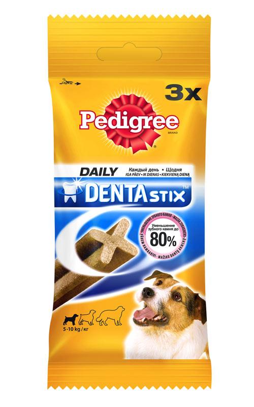 Лакомство Pedigree Denta Stix для собак мелких пород, 45 г24930Лакомство Pedigree Denta Stix подходит для собак мелких пород и щенков старше 4-х месяцев. Для собак мелких пород, например, такса - одна палочка в день. Предназначено для собак весом 5-10 кг. Регулярное употребление помогает уменьшить образование зубного камня и обеспечивает уход за зубами. В упаковке - 3 палочки. Состав: злаки, продукты растительного происхождения, мясо и субпродукты, минералы, белковые растительные экстракты, масла и жиры, ароматизатор натуральный куриный (43,6 мг). Пищевая ценность (100 г): белки - 9,5 г; жиры - 2,6 г; зола - 6,1 г; клетчатка - 2,4 г; влага - 8 г; триполифосфат натрия - 2,4 г; сульфат цинка - 104,5 мг. Энергетическая ценность (100 г): 324 ккал. Товар сертифицирован.