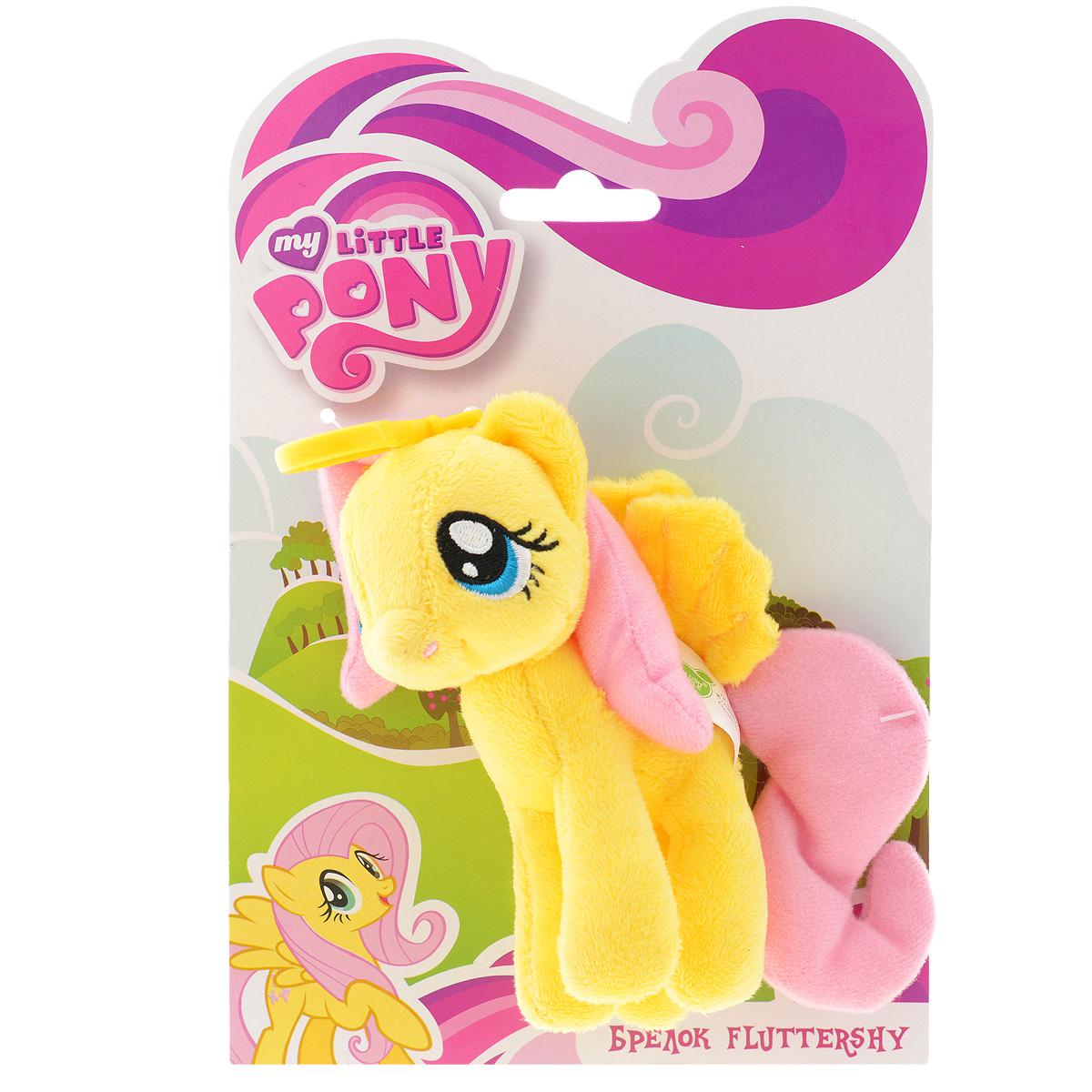 Мягкая игрушка-брелок My Little Pony FluttershyK30025BБрелок My Little Pony Fluttershy обязательно привлечет внимание вашей дочурки. Изделие изготовлено из приятных на ощупь материалов и безвредных для ребенка в виде пони. Пластиковый карабин позволит закрепить брелок на сумке. Прекрасное качество исполнения делают этот брелок чудесным подарком истинному поклоннику мультсериала My Little Pony. Порадуйте своего ребенка.