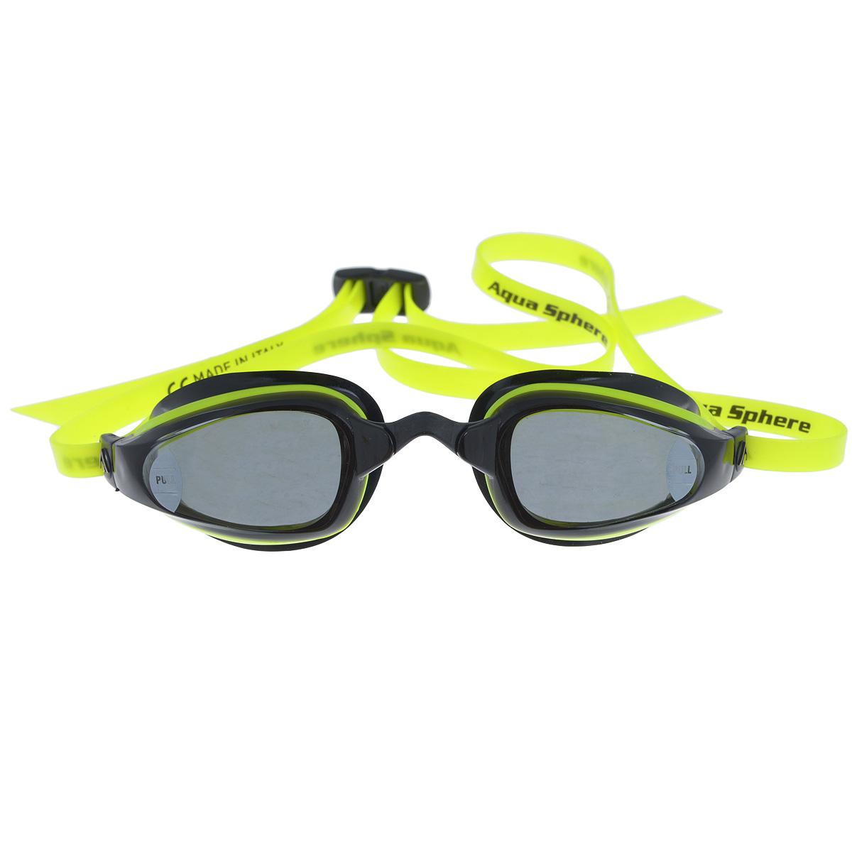 Очки для плавания Aqua Sphere K180, цвет: желтый, черныйTN 173260Aqua Sphere K180 - это первые очки для скоростного плавания, обладающие панорамным обзором в 180°, который достигается благодаря очень близкому расположению линз к глазам. Благодаря сменным перемычкам можно менять расстояние между линзами. Очки дают 100% защиту от ультрафиолетового излучения. В комплекте 3 сменных перемычки.