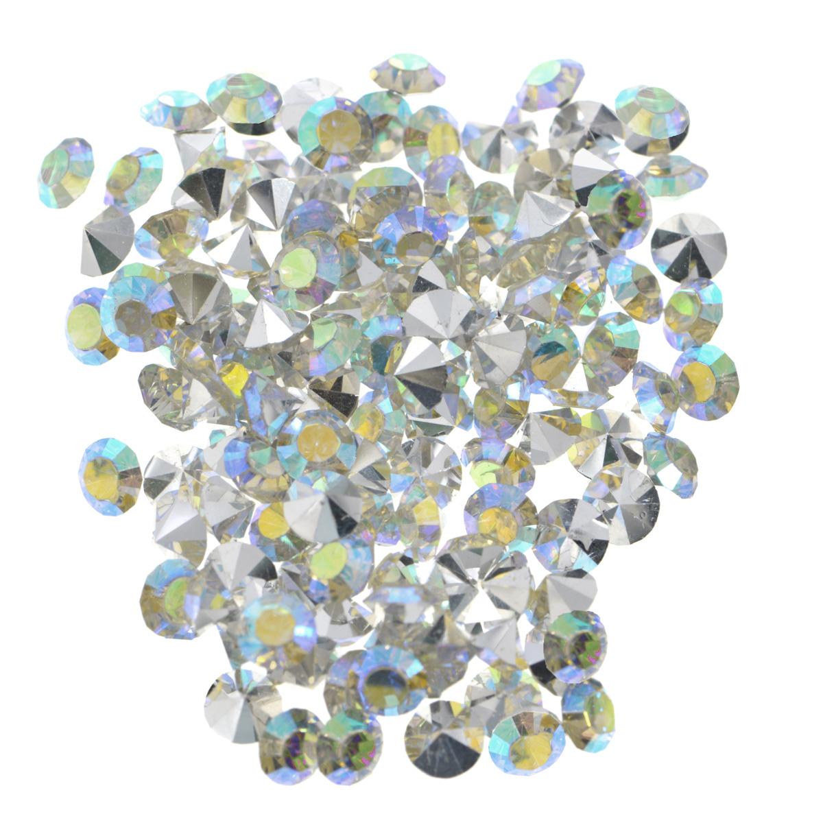 Стразы Cristal, цвет: белый (АВ), диаметр 5 мм, 144 шт7711015_АВ белыйНабор страз Cristal, изготовленный из акрила, позволит вам украсить одежду, аксессуары или бижутерию. Яркие стразы имеют конусовидную форму и круглую поверхность с гранями. Украшение стразами поможет сделать любую вещь оригинальной и неповторимой. Изготовление украшений - занимательное хобби и реализация творческих способностей рукодельницы, это возможность создания неповторимого индивидуального подарка. Размер страз: SS20.