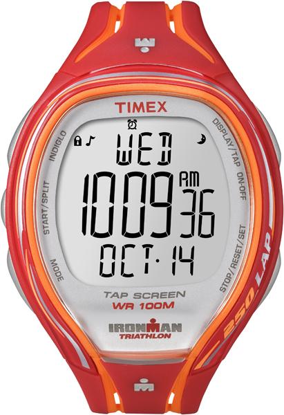 Часы наручные мужские Timex Ironman Sleek 250, цвет: красный, оранжевый. T5K788T5K788Яркие мужские наручные часы Timex Ironman Sleek 250 предназначены для активных людей. Корпус изделия выполнен из прочного пластика. Часы оснащены кварцевым механизмом и электронным циферблатом. Акриловое стекло устойчиво к царапинам. Часы оснащены функцией отображения текущего числа, месяца, дня недели, второго часового пояса, секундомером и будильником. Модель оснащена сплит-хронографом на 100 часов, с памятью на 250 кругов, 8 маркированных интервальных таймеров, с понятными обозначениями - warm (разогрев), slow (медленный), med (средний), fast (быстрый) и cool (остывание). Функция TapScreen позволяет при простом касании стекла отмечать отрезки. Часы имеют встроенную систему напоминаний, память на 5 тренировок и подсветку Indiglo. Модель обладает степенью влагозащиты 100 atm. Изделие дополнено ремешком из силикона, позволяющим максимально комфортно и быстро снимать и одевать часы при помощи пряжки. Часы поставляются в фирменной коробке. ...