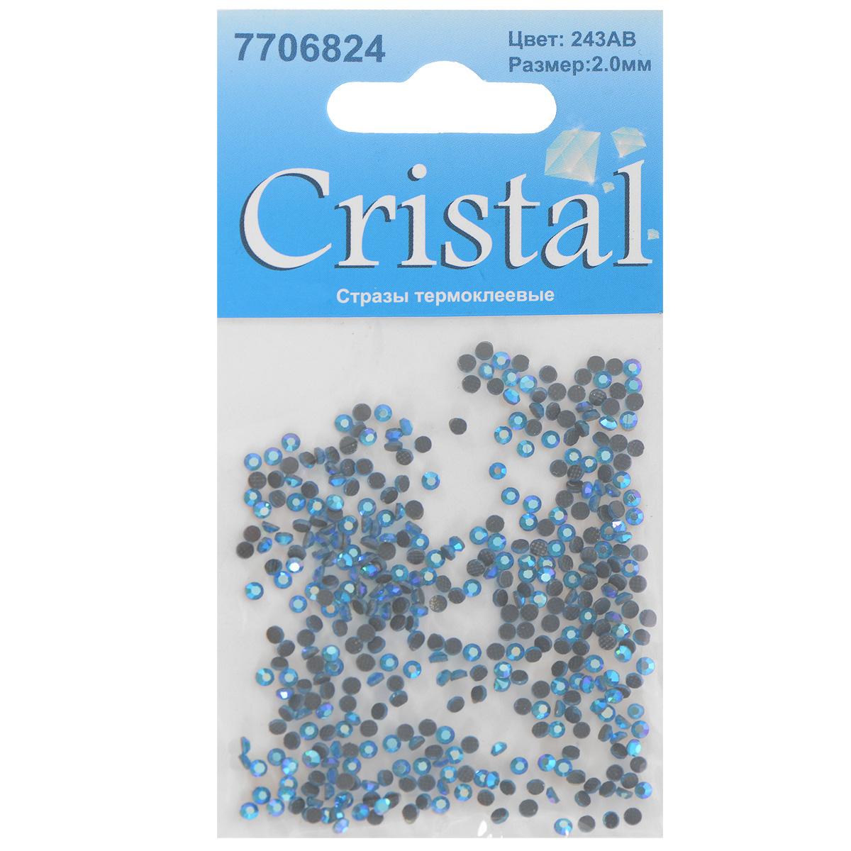 Стразы термоклеевые Cristal, цвет: светло-синий (243АВ), диаметр 2 мм, 432 шт7706824_243ABНабор термоклеевых страз Cristal, изготовленный из высококачественного акрила, позволит вам украсить одежду, аксессуары или текстиль. Яркие стразы имеют плоское дно и круглую поверхность с гранями. Дно термоклеевых страз уже обработано особым клеем, который под воздействием высоких температур начинает плавиться, приклеиваясь, таким образом, к требуемой поверхности. Чаще всего их используют в текстильной промышленности: стразы прикладывают к ткани и проглаживают утюгом с обратной стороны. Также можно использовать специальный паяльник. Украшение стразами поможет сделать любую вещь оригинальной и неповторимой. Диаметр страз: 2 мм.