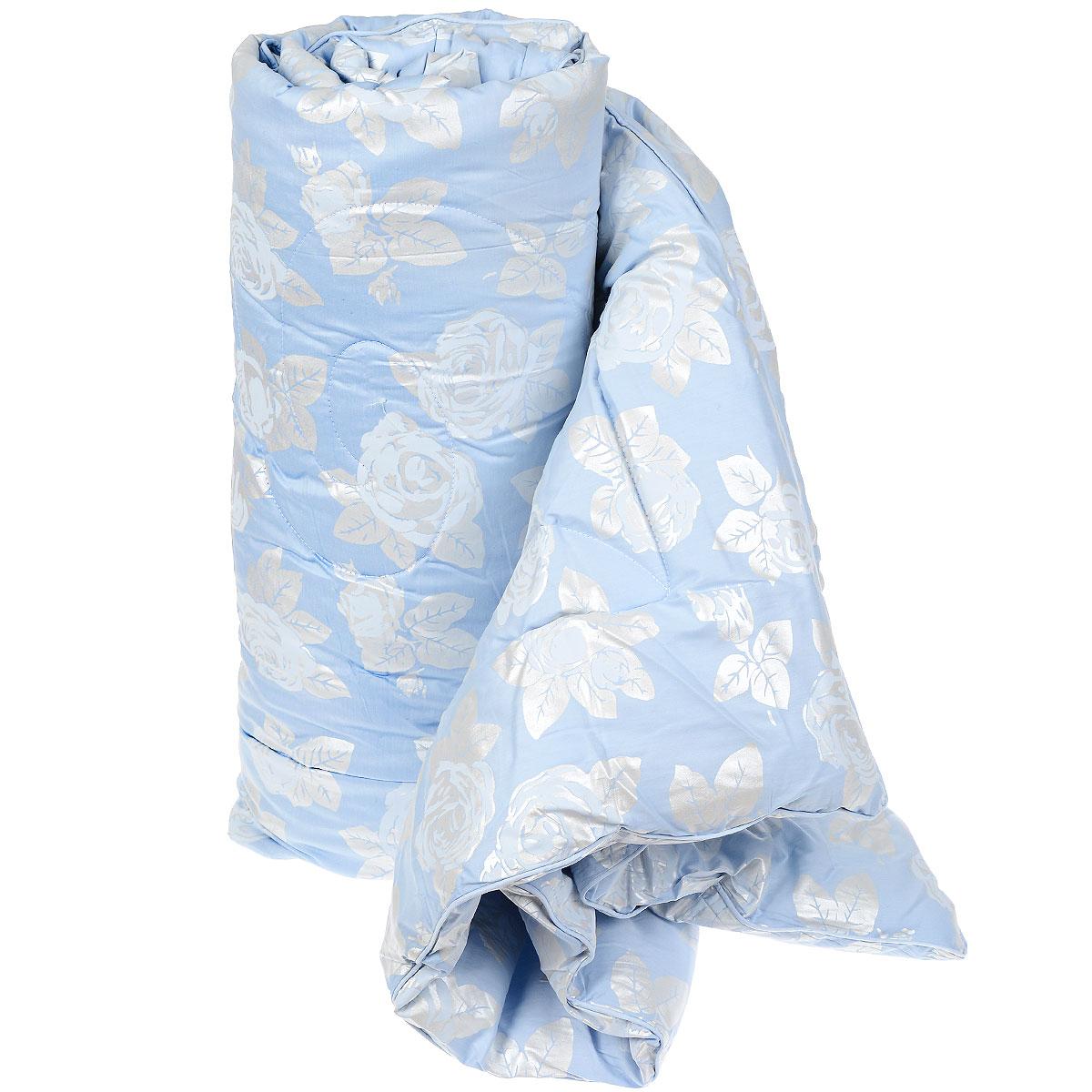Одеяло Лебяжий пух, наполнитель: полиэстер, цвет: голубой, 200 см х 220 см121818106 голубойЛегкое одеяло Лебяжий пух выполнено из натурального хлопка и украшено эксклюзивным тисненым рисунком в виде цветов и листьев. Наполнитель одеяла лебяжий пух - аналог натурального пуха, который представляет собой сверхтонкое микроволокно нового поколения. Важным преимуществом этого наполнителя является гипоаллергенность, что делает его подходящим для детей и взрослых. Одеяло Лебяжий пух не накапливает пыль и запахи. Данное одеяло легко стирается в бытовой стиральной машине, быстро сохнет и надолго сохраняет объем и форму. Материал: 100% хлопок. Наполнитель: лебяжий пух (100% полиэстер).