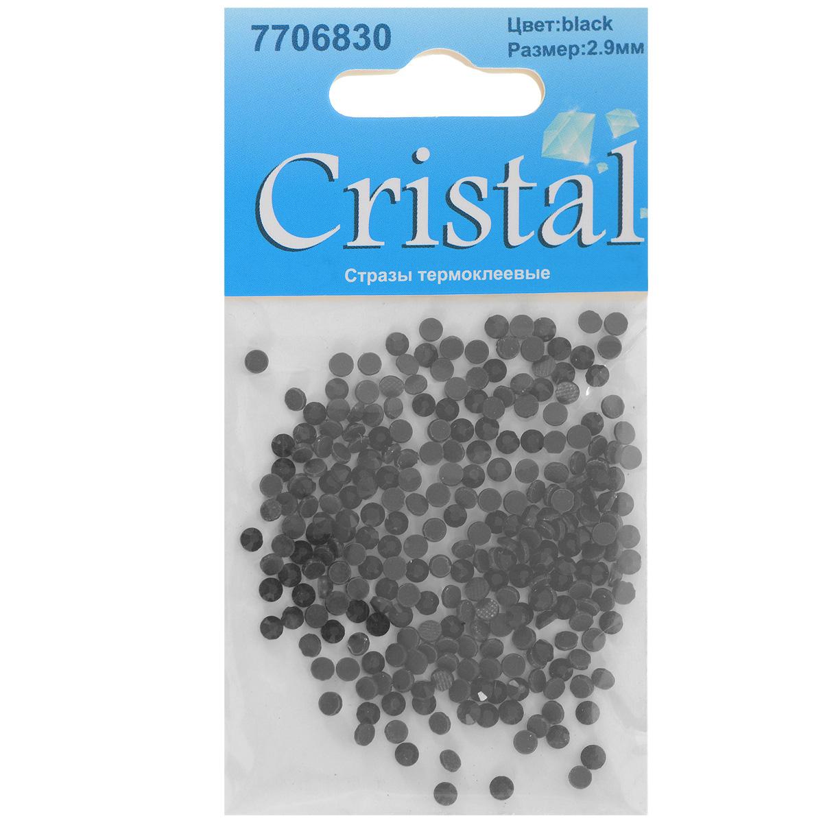 Стразы термоклеевые Cristal, цвет: черный, диаметр 2,9 мм, 288 шт7706830_черныйНабор термоклеевых страз Cristal, изготовленный из высококачественного акрила, позволит вам украсить одежду, аксессуары или текстиль. Яркие стразы имеют плоское дно и круглую поверхность с гранями. Дно термоклеевых страз уже обработано особым клеем, который под воздействием высоких температур начинает плавиться, приклеиваясь, таким образом, к требуемой поверхности. Чаще всего их используют в текстильной промышленности: стразы прикладывают к ткани и проглаживают утюгом с обратной стороны. Также можно использовать специальный паяльник. Украшение стразами поможет сделать любую вещь оригинальной и неповторимой. Диаметр страз: 2,9 мм.