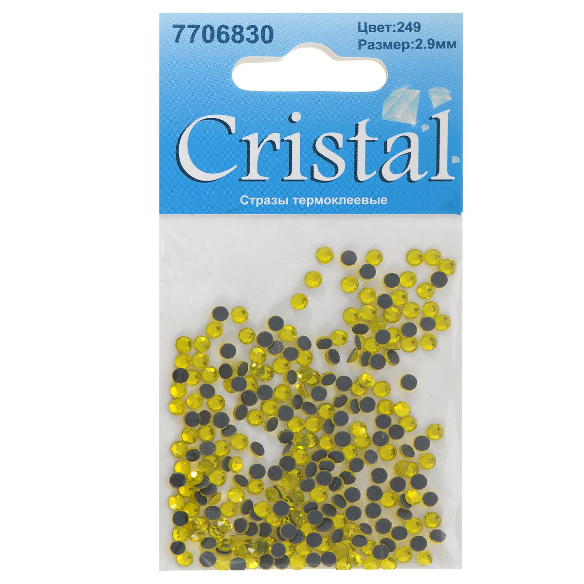 Стразы термоклеевые Cristal, цвет: желтый (249), диаметр 2,9 мм, 288 шт7706830_249Набор термоклеевых страз Cristal, изготовленный из высококачественного акрила, позволит вам украсить одежду, аксессуары или текстиль. Яркие стразы имеют плоское дно и круглую поверхность с гранями. Дно термоклеевых страз уже обработано особым клеем, который под воздействием высоких температур начинает плавиться, приклеиваясь, таким образом, к требуемой поверхности. Чаще всего их используют в текстильной промышленности: стразы прикладывают к ткани и проглаживают утюгом с обратной стороны. Также можно использовать специальный паяльник. Украшение стразами поможет сделать любую вещь оригинальной и неповторимой. Диаметр страз: 2,9 мм.