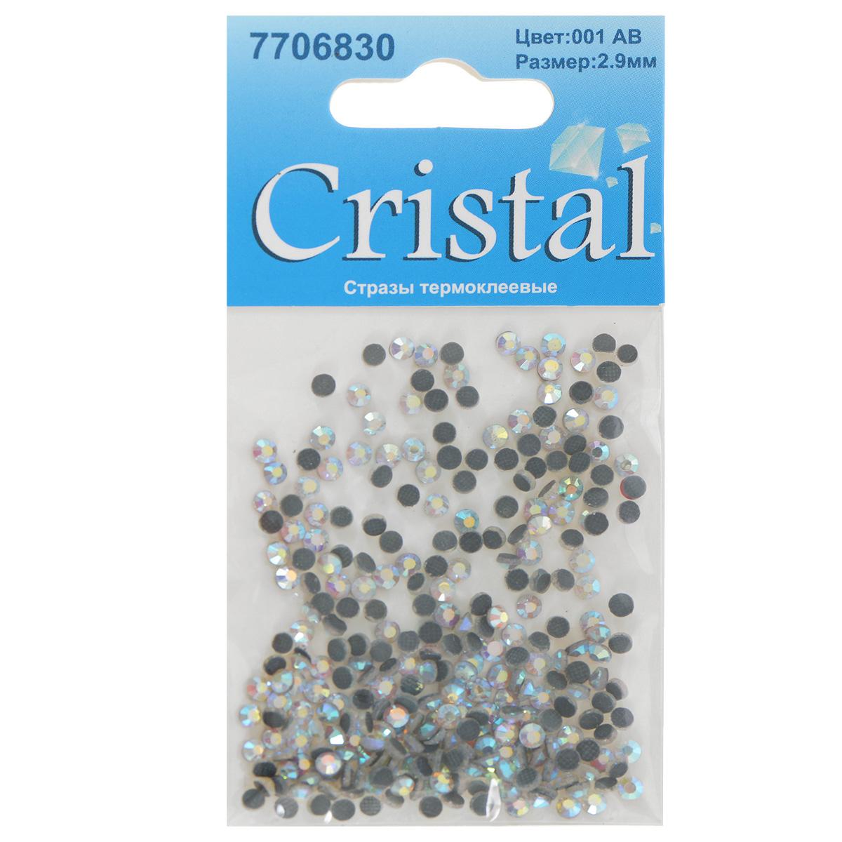 Стразы термоклеевые Cristal, цвет: белый (001АВ), диаметр 2,9 мм, 288 шт7706830_001АВНабор термоклеевых страз Cristal, изготовленный из высококачественного акрила, позволит вам украсить одежду, аксессуары или текстиль. Яркие стразы имеют плоское дно и круглую поверхность с гранями. Дно термоклеевых страз уже обработано особым клеем, который под воздействием высоких температур начинает плавиться, приклеиваясь, таким образом, к требуемой поверхности. Чаще всего их используют в текстильной промышленности: стразы прикладывают к ткани и проглаживают утюгом с обратной стороны. Также можно использовать специальный паяльник. Украшение стразами поможет сделать любую вещь оригинальной и неповторимой. Диаметр страз: 2,9 мм.