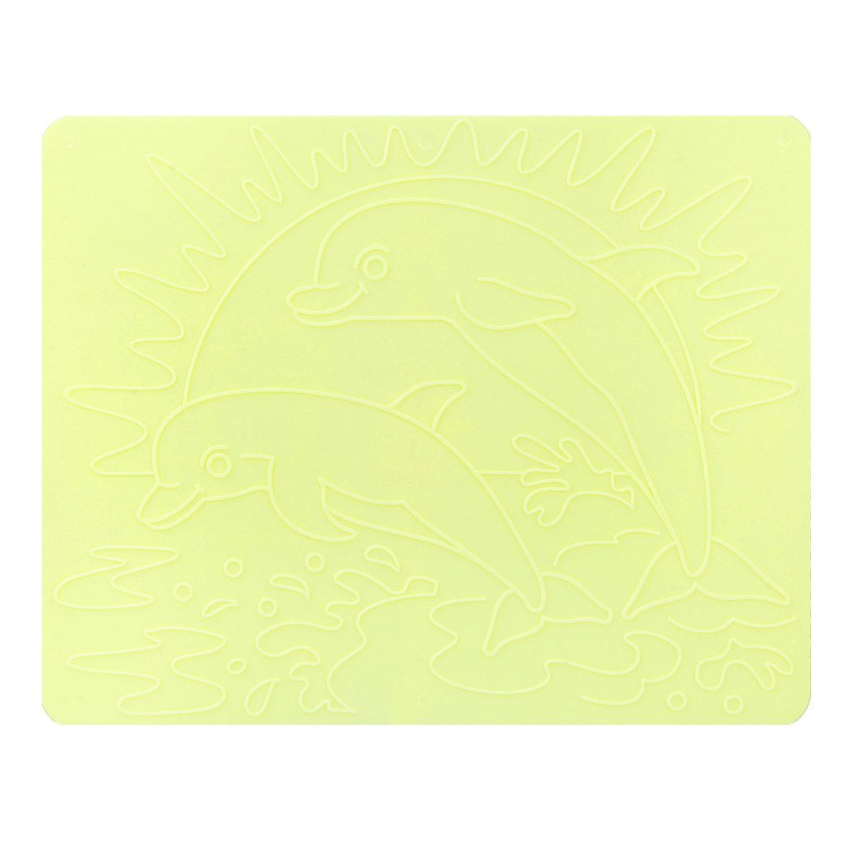 Трафареты рельефные Луч Дельфины18С 1178-08Трафареты рельефные Луч серии Дельфины, выполненные из безопасного пластика, предназначены для детского творчества. Трафареты не имеют традиционных прорезей - рисунок выступает над плоской поверхностью. Чтобы получить рисунок на бумаге, трафарет кладется под лист, а сверху бумага штрихуется с помощью восковых карандашей. Метод штриховки особенно полезен при подготовке ребенка к школе, развивается мелкая моторика, зрительное восприятие, аккуратность, и вместе с тем, ребенок с увлечением учится рисовать. Также трафарет предназначен для развития зрительно-двигательной координации и навыков художественной композиции. В упаковке один двусторонний трафарет с изображением дельфинов. Трафареты предназначены для работы с восковыми карандашами.